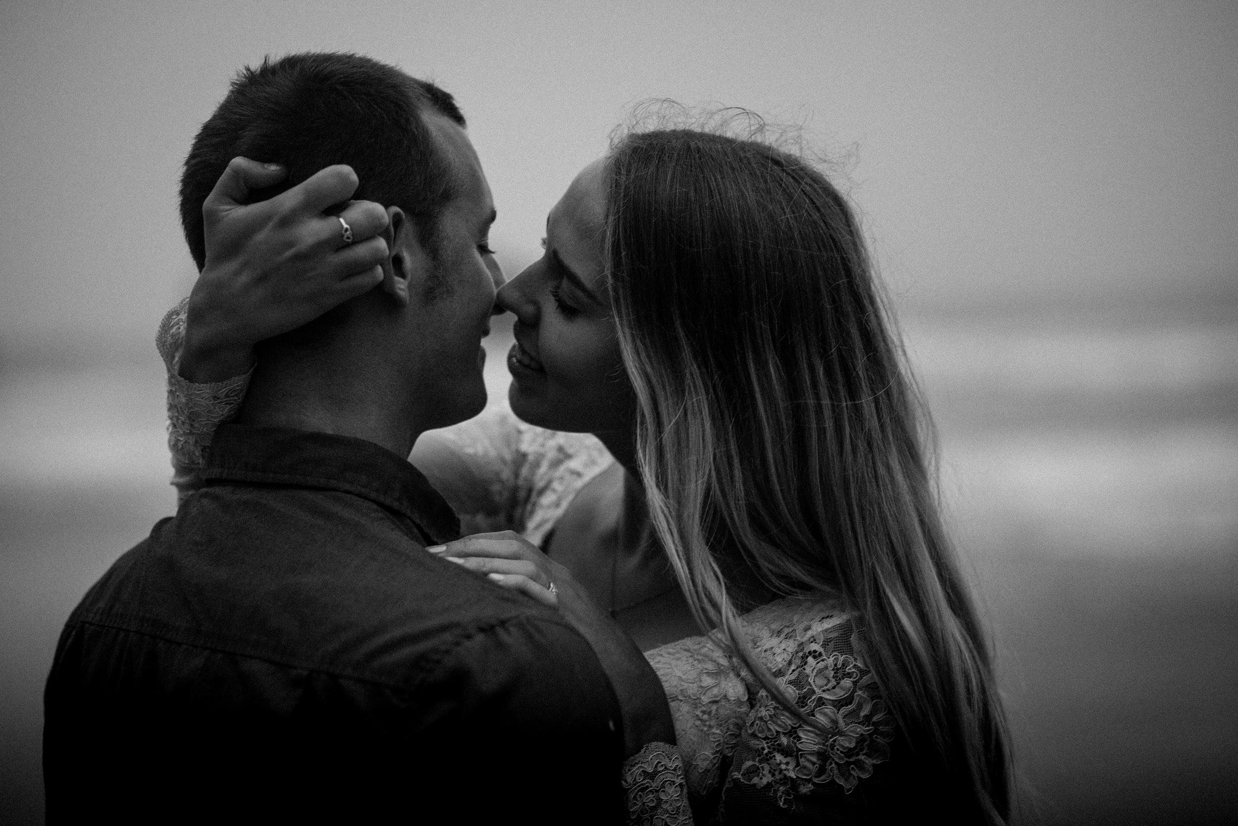 nicole-daacke-photography-ecola-state-park-oregon-elopement-bridal-photos-photographer-for-cannon-beach-elopement-oregon-coast-elopement-photographer-foggy-summer-elopement-cannon-beach-best-adventure-elopement-photographer-5670.jpg