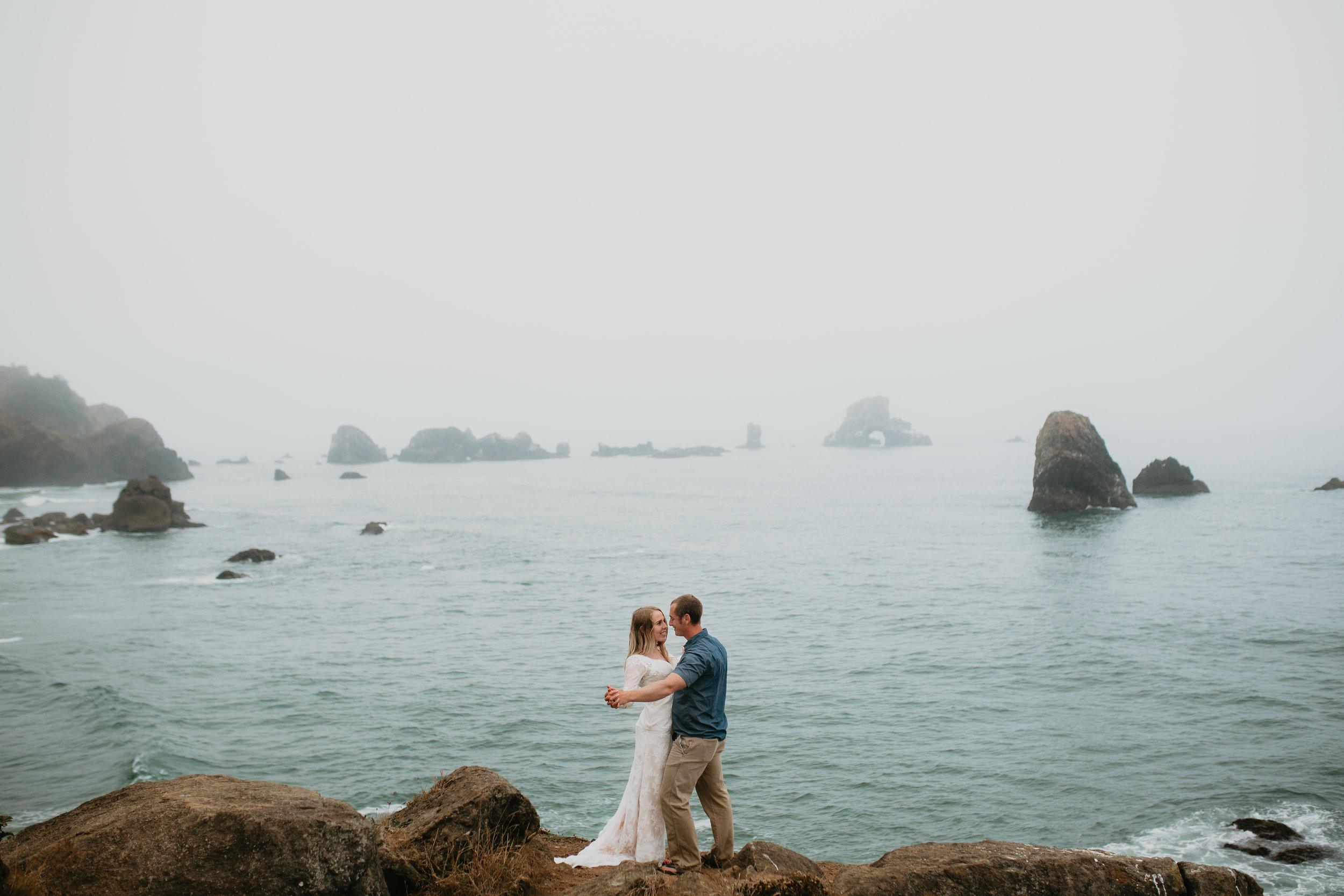nicole-daacke-photography-ecola-state-park-oregon-elopement-bridal-photos-photographer-for-cannon-beach-elopement-oregon-coast-elopement-photographer-foggy-summer-elopement-cannon-beach-best-adventure-elopement-photographer-6984.jpg