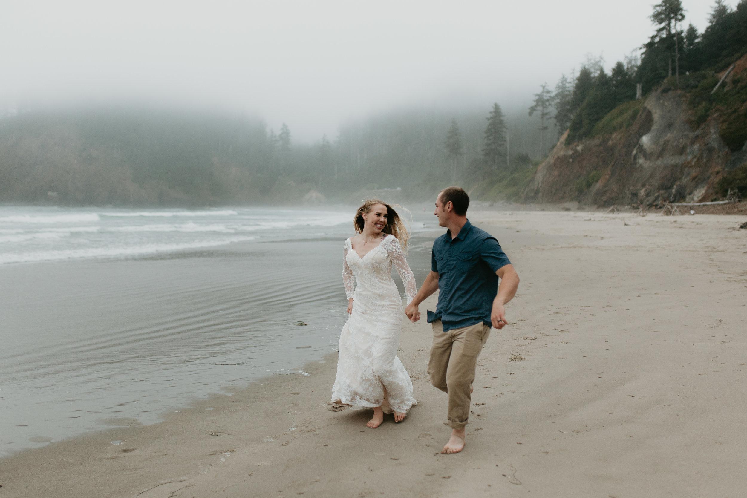 nicole-daacke-photography-ecola-state-park-oregon-elopement-bridal-photos-photographer-for-cannon-beach-elopement-oregon-coast-elopement-photographer-foggy-summer-elopement-cannon-beach-best-adventure-elopement-photographer-7060.jpg