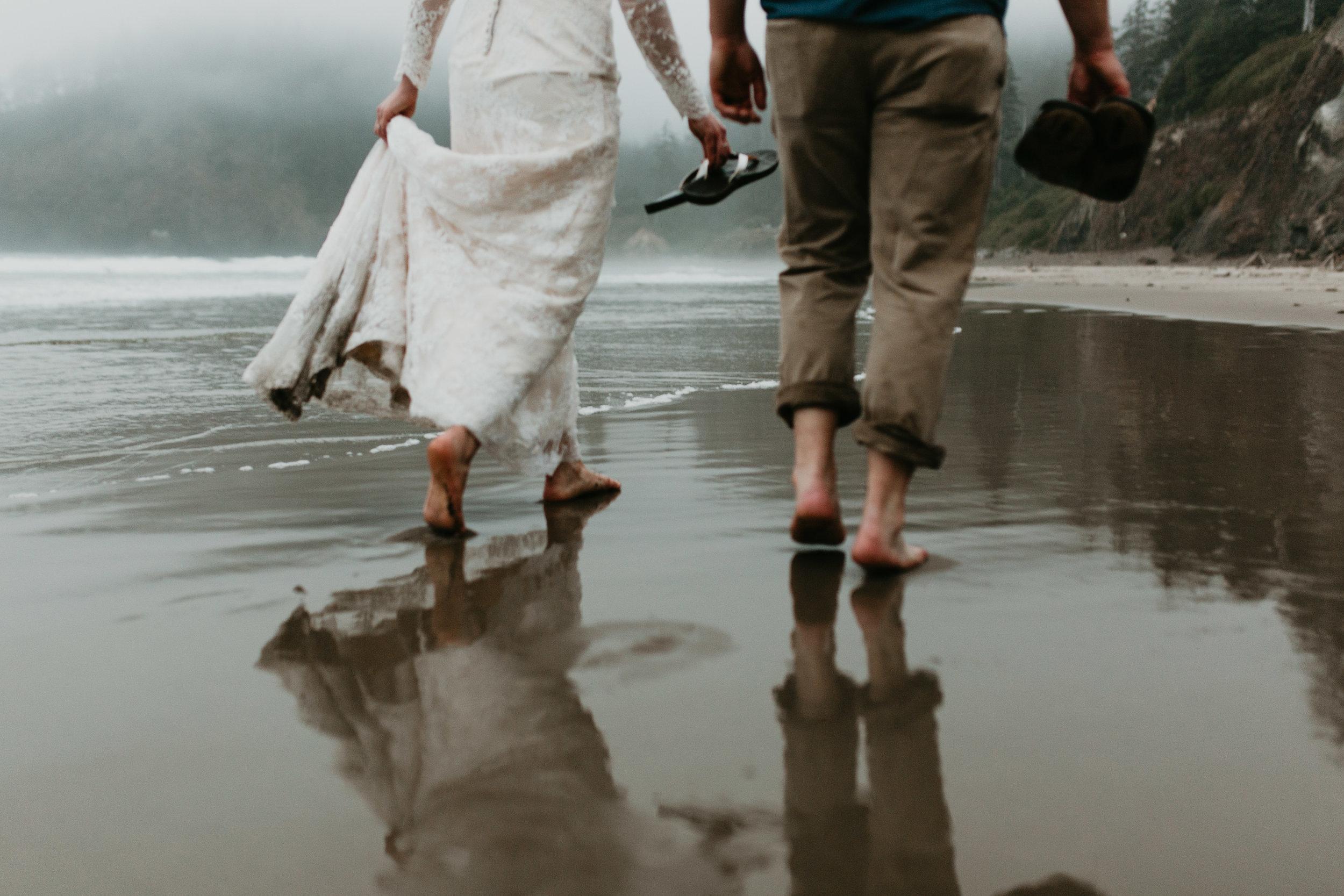 nicole-daacke-photography-ecola-state-park-oregon-elopement-bridal-photos-photographer-for-cannon-beach-elopement-oregon-coast-elopement-photographer-foggy-summer-elopement-cannon-beach-best-adventure-elopement-photographer-7146.jpg