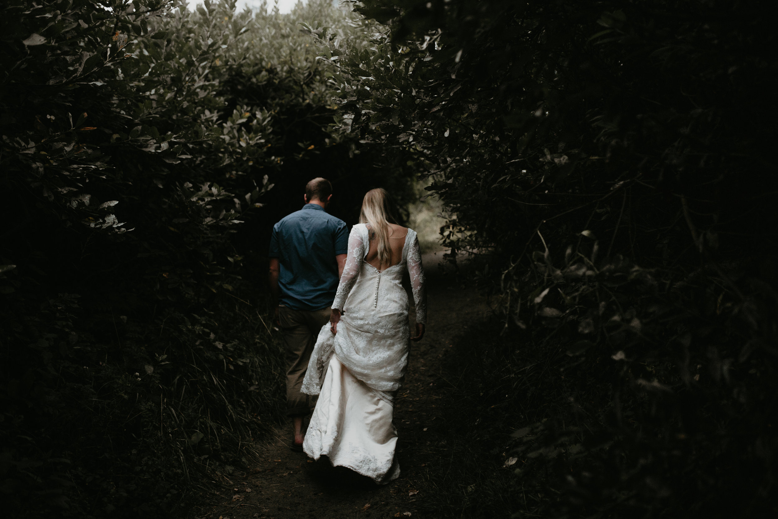 nicole-daacke-photography-ecola-state-park-oregon-elopement-bridal-photos-photographer-for-cannon-beach-elopement-oregon-coast-elopement-photographer-foggy-summer-elopement-cannon-beach-best-adventure-elopement-photographer-7167.jpg