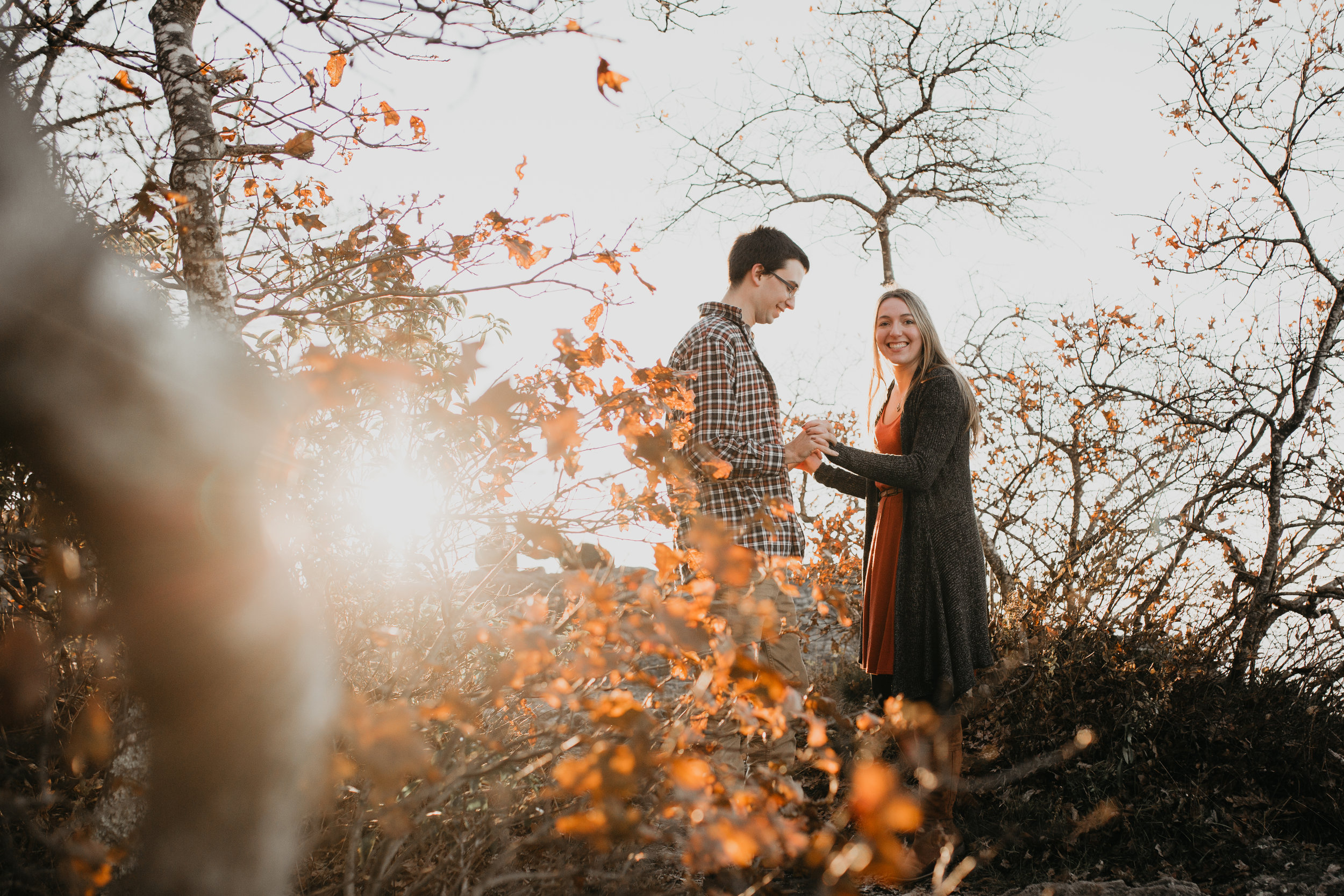 nicole-daacke-photography-shenandoah-national-park-adventure-engagement-session-with-fall-foliage-shenandoah-elopement-photographer-engagement-photos-in-virginia-charlottesville-national-park-adventure-elopement-photographer-3687.jpg