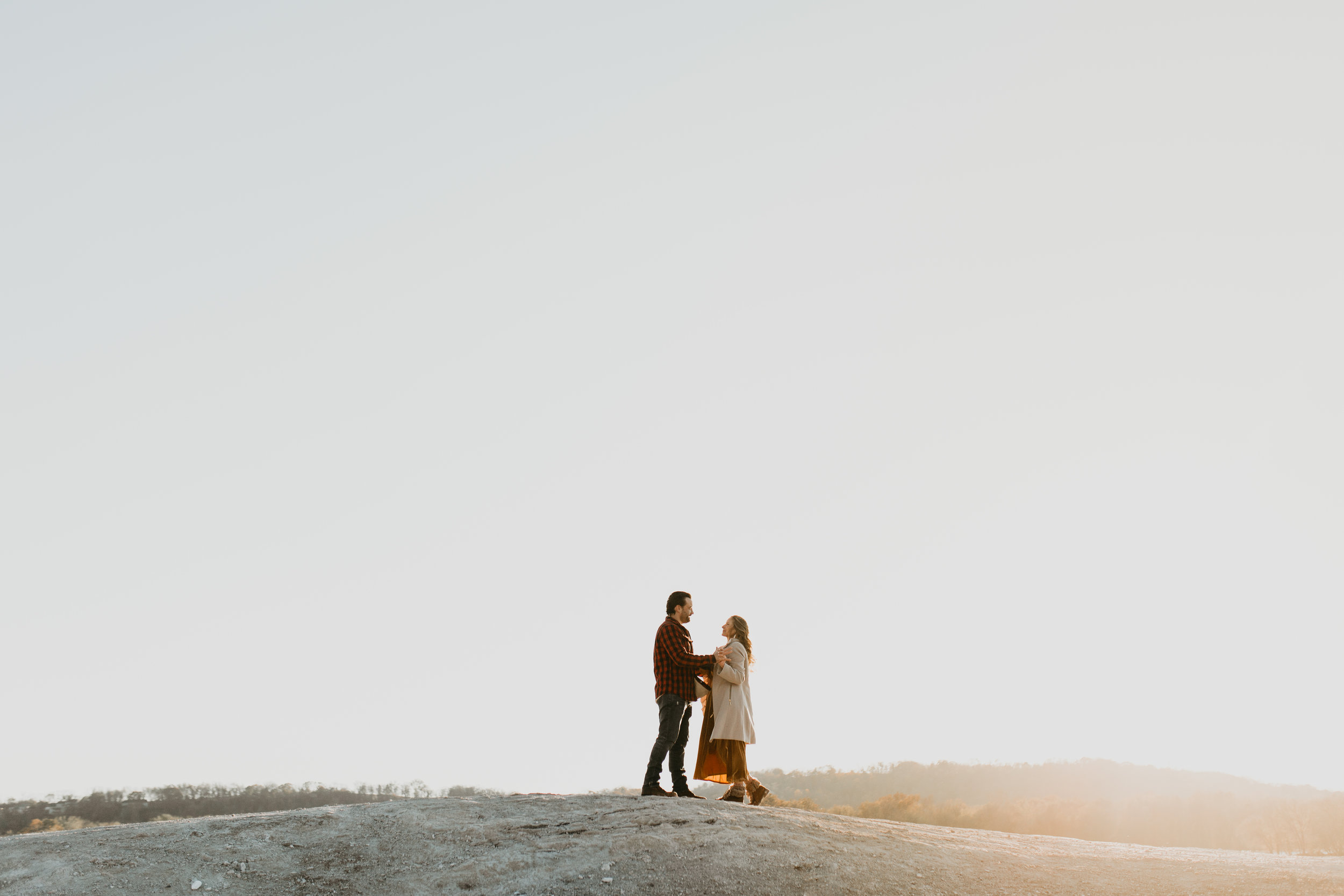 nicole-daacke-photography-white-cliffs-of-conoy-in-lancaster-pa-pennsylvania-adventure-session-adventure-elopement-photographer-engagement session-in-lancaster-pa-photographer-golden-sunset-winter-solstice-wedding-riverside-elopement-4065.jpg