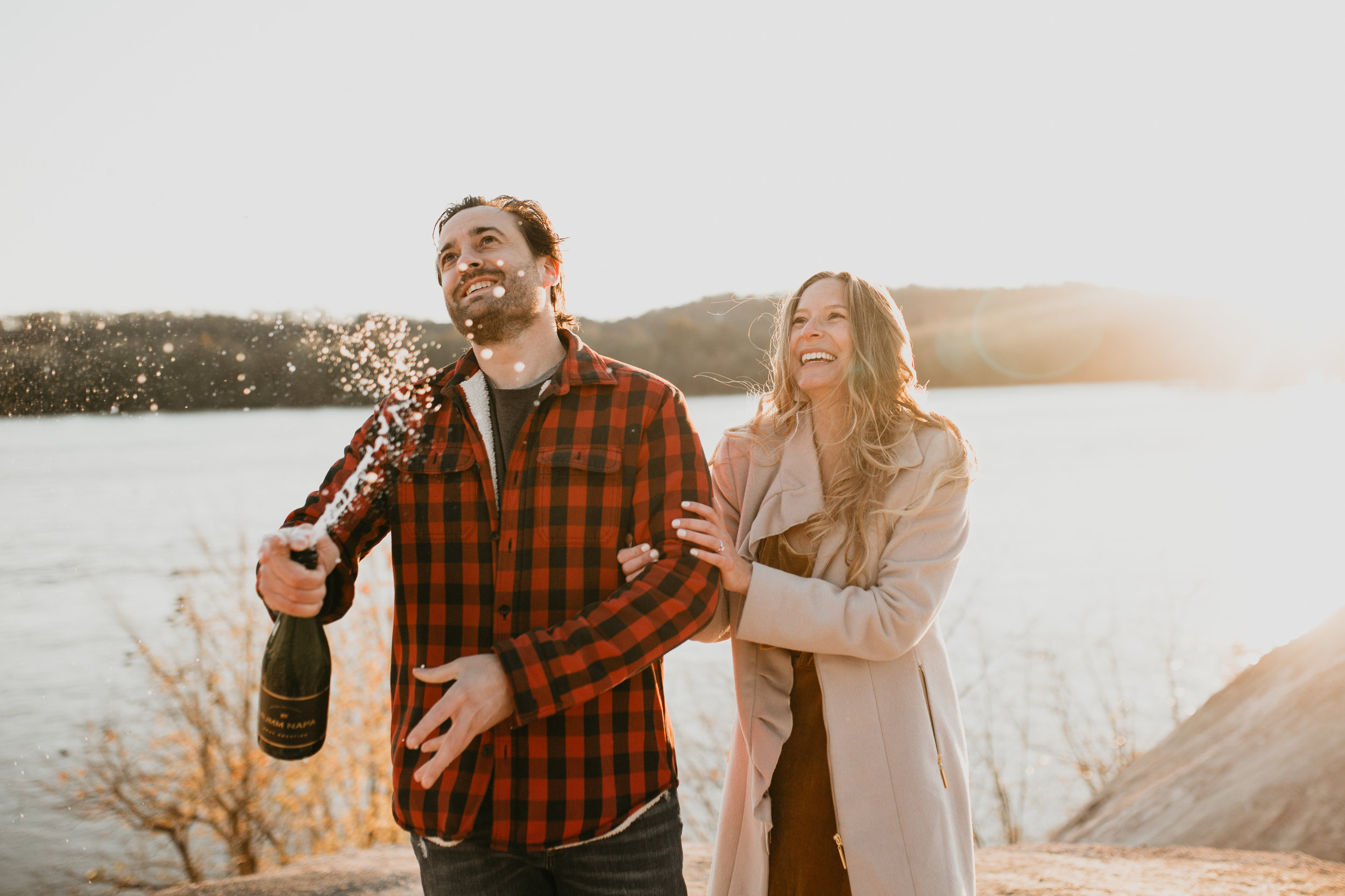 nicole-daacke-photography-white-cliffs-of-conoy-in-lancaster-pa-pennsylvania-adventure-session-adventure-elopement-photographer-engagement session-in-lancaster-pa-photographer-golden-sunset-winter-solstice-wedding-riverside-elopement-4120.jpg