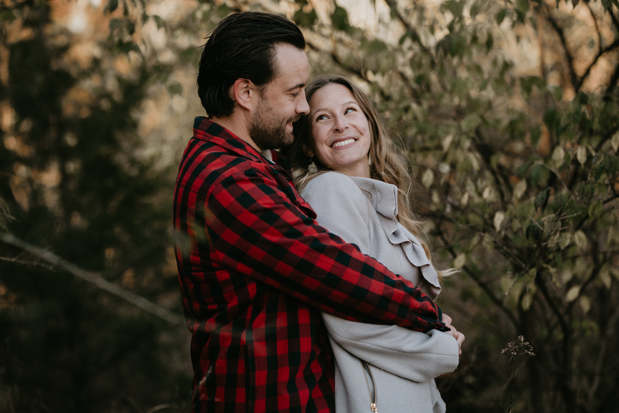 nicole-daacke-photography-white-cliffs-of-conoy-in-lancaster-pa-pennsylvania-adventure-session-adventure-elopement-photographer-engagement session-in-lancaster-pa-photographer-golden-sunset-winter-solstice-wedding-riverside-elopement-4691.jpg