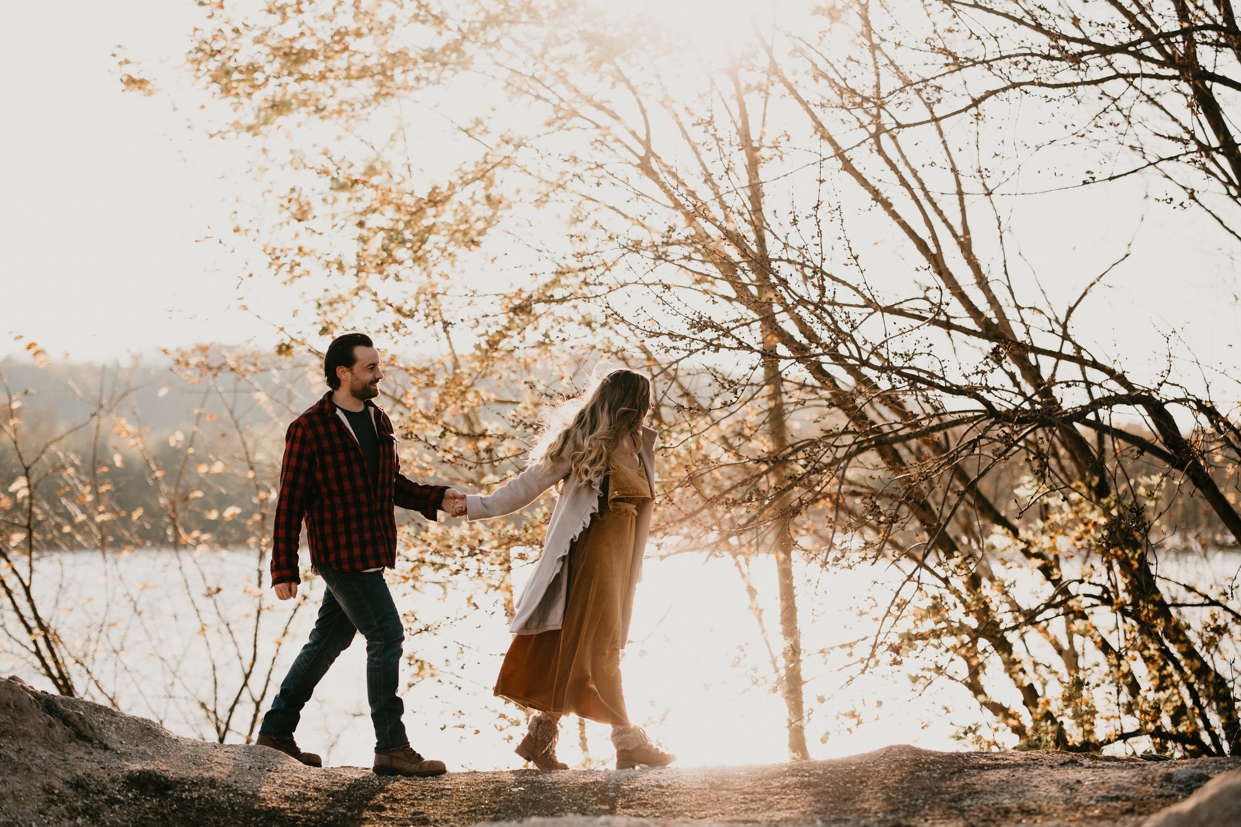 nicole-daacke-photography-white-cliffs-of-conoy-in-lancaster-pa-pennsylvania-adventure-session-adventure-elopement-photographer-engagement session-in-lancaster-pa-photographer-golden-sunset-winter-solstice-wedding-riverside-elopement-4841.jpg