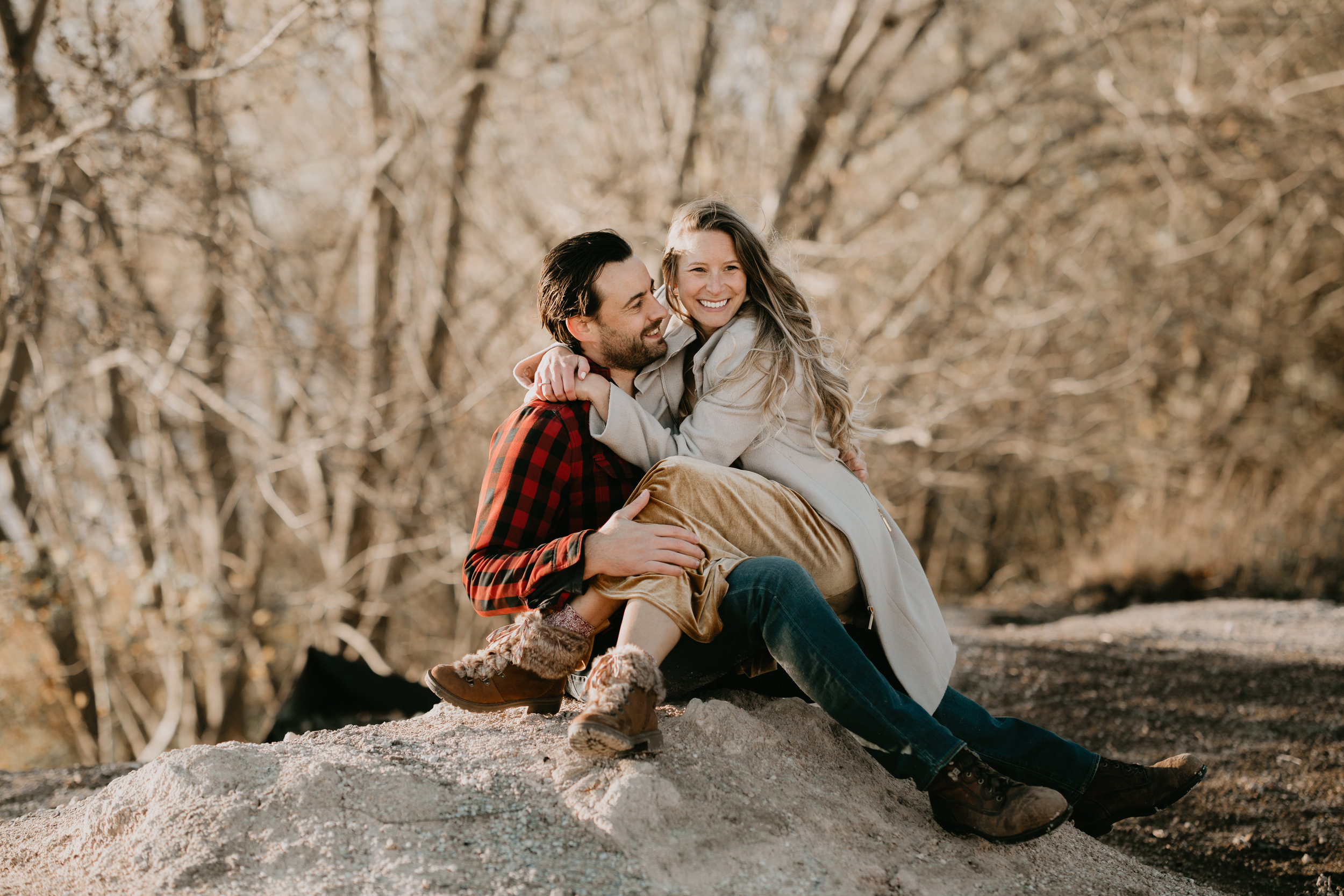 nicole-daacke-photography-white-cliffs-of-conoy-in-lancaster-pa-pennsylvania-adventure-session-adventure-elopement-photographer-engagement session-in-lancaster-pa-photographer-golden-sunset-winter-solstice-wedding-riverside-elopement-4951.jpg