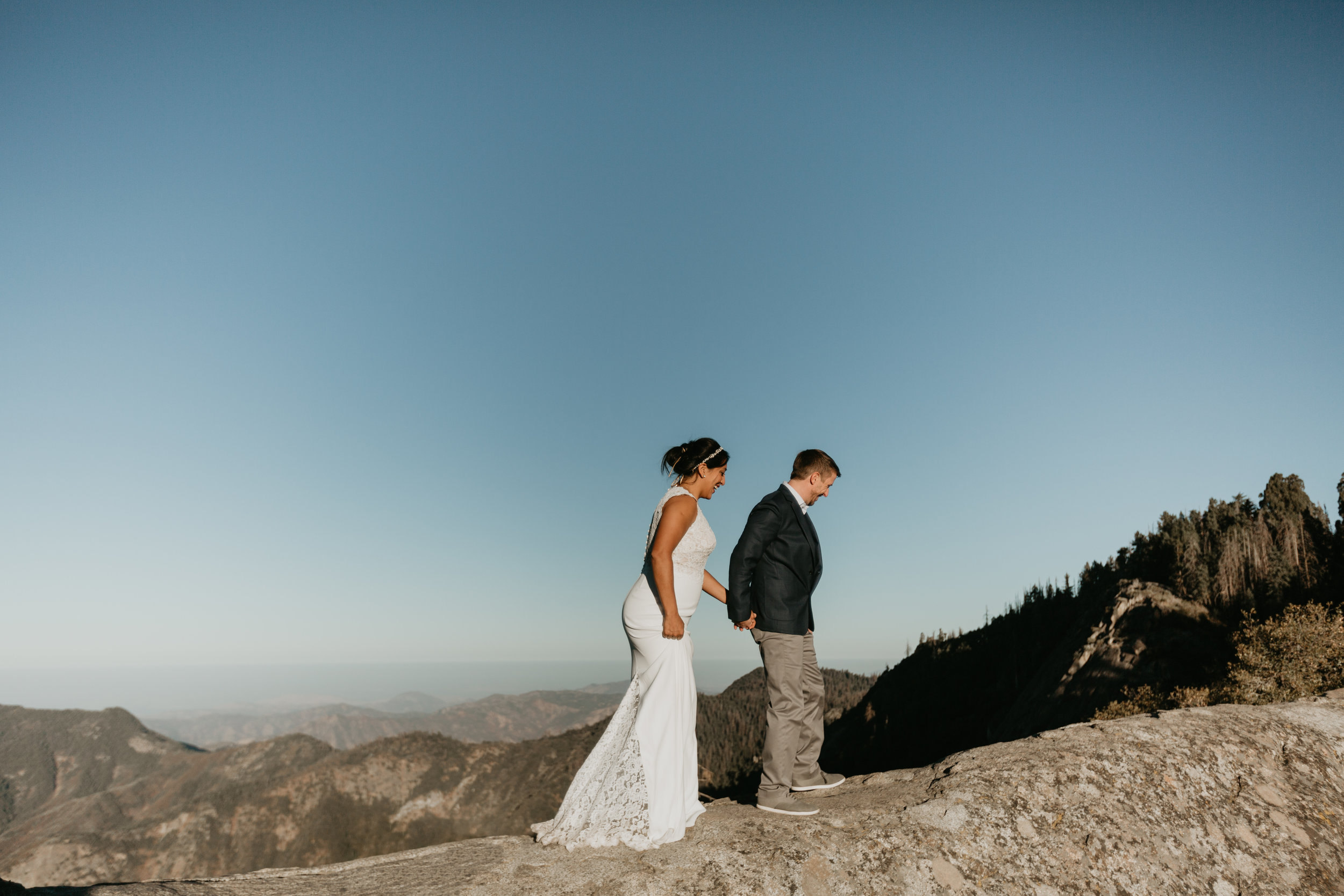 nicole-daacke-photography-sequoia-national-park-adventurous-elopement-sequoia-elopement-photographer-redwoods-california-intimate-wedding-photographer-3.jpg