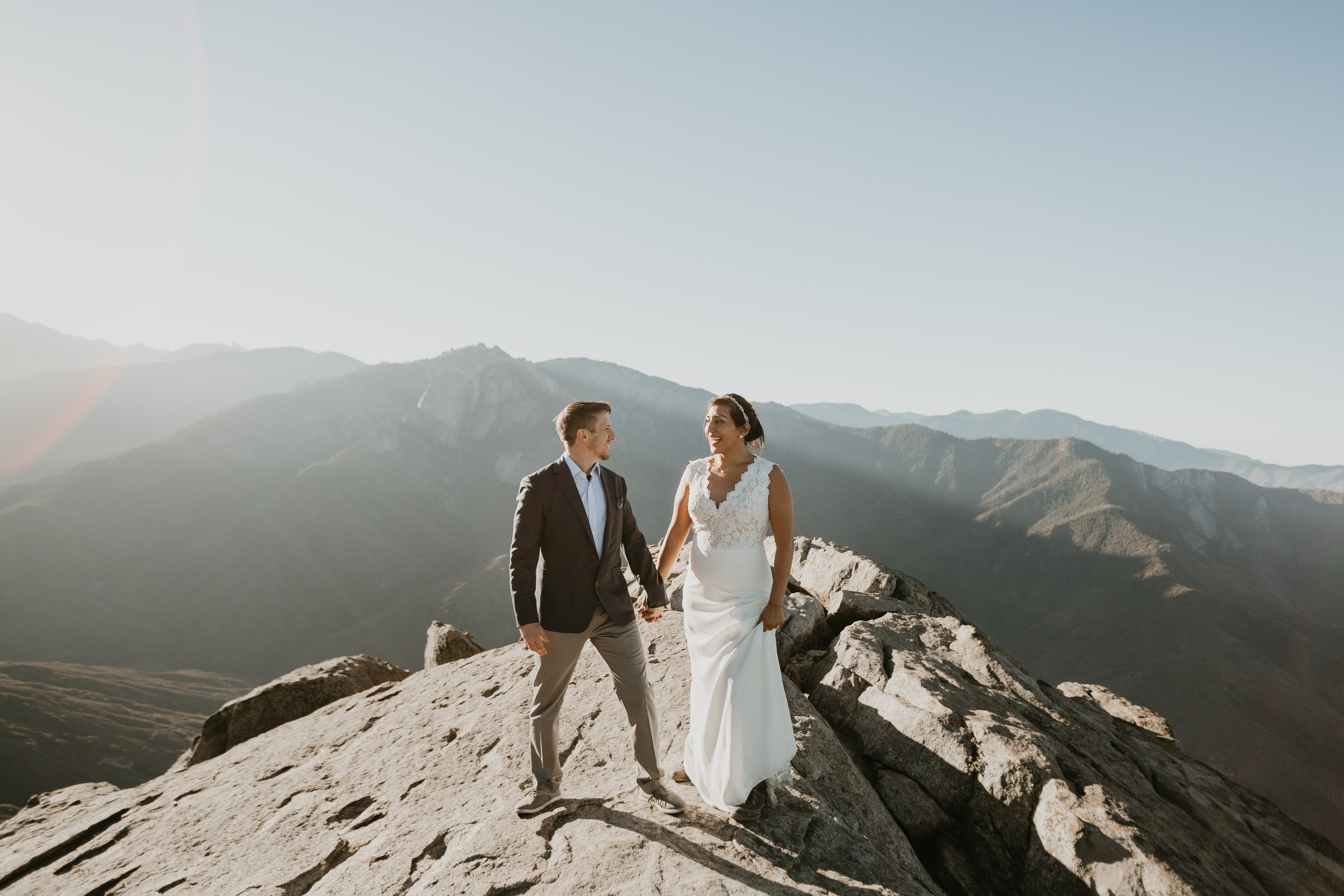 nicole-daacke-photography-sequoia-national-park-adventurous-elopement-sequoia-elopement-photographer-redwoods-california-intimate-wedding-photographer-6.jpg