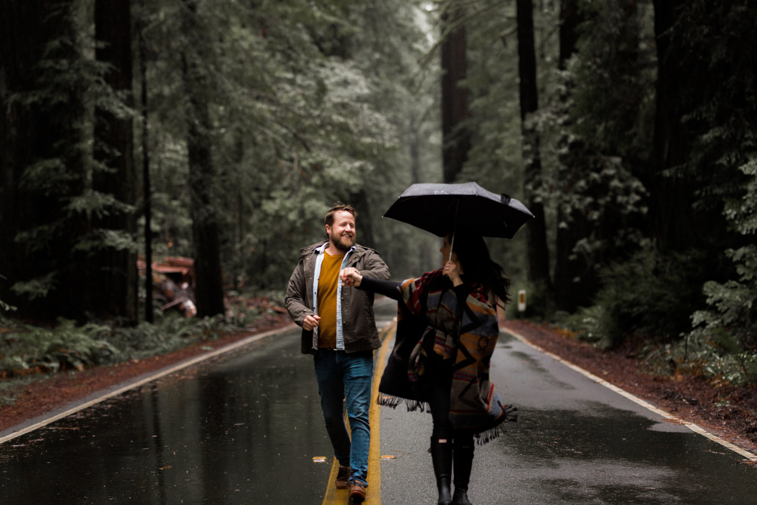 nicole-daacke-photography-redwoods-national-park-forest-rainy-foggy-adventure-engagement-session-humboldt-county-old-growth-redwood-tree-elopement-intimate-wedding-photographer-2.jpg