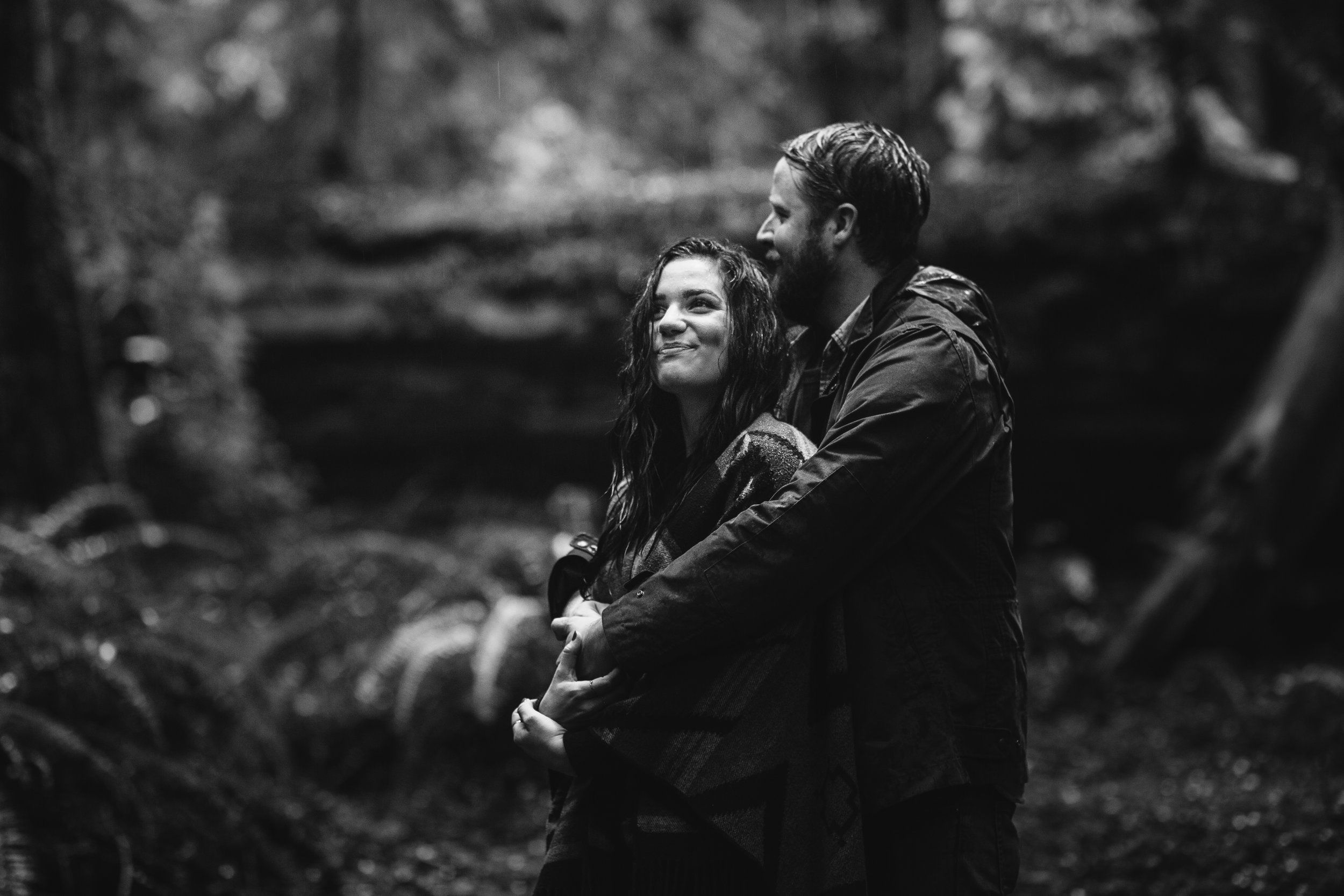 nicole-daacke-photography-redwoods-national-park-forest-rainy-foggy-adventure-engagement-session-humboldt-county-old-growth-redwood-tree-elopement-intimate-wedding-photographer-27.jpg