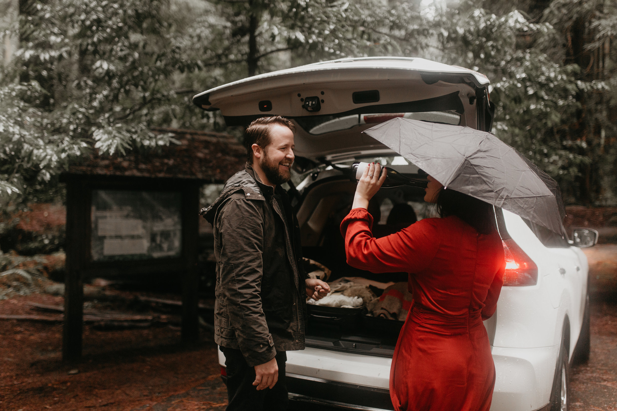 nicole-daacke-photography-redwoods-national-park-forest-rainy-foggy-adventure-engagement-session-humboldt-county-old-growth-redwood-tree-elopement-intimate-wedding-photographer-31.jpg