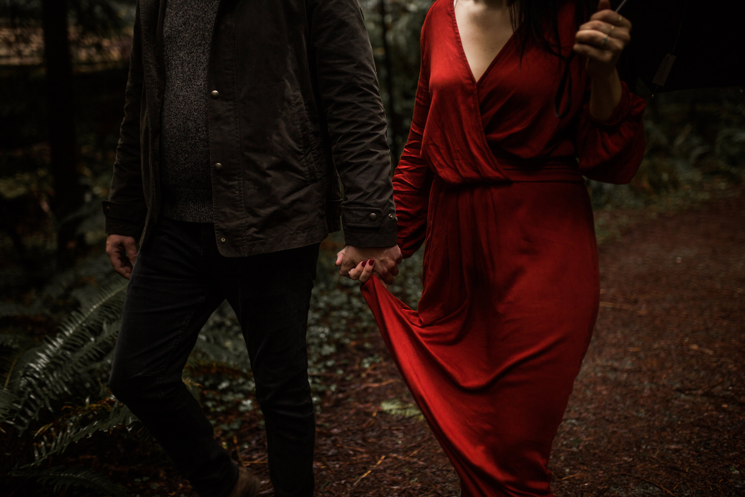 nicole-daacke-photography-redwoods-national-park-forest-rainy-foggy-adventure-engagement-session-humboldt-county-old-growth-redwood-tree-elopement-intimate-wedding-photographer-50.jpg