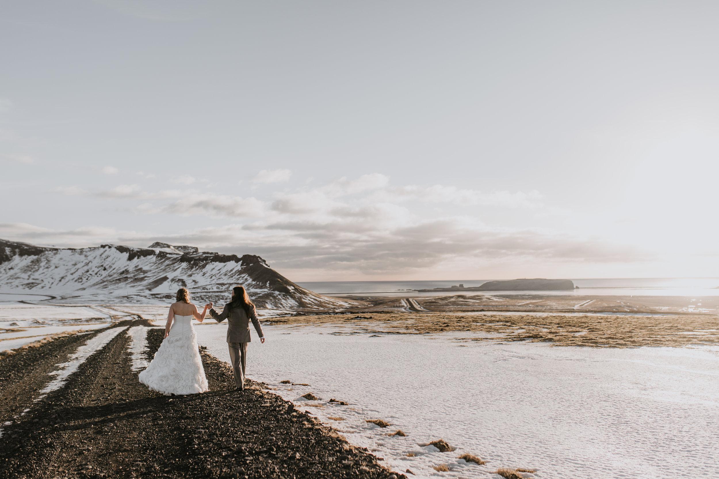 nicole-daacke-photography-iceland-winter-sunset-adventure-elopement-skogafoss-waterfall-black-sand-beach-dyrholaey-vik-iceland-intimate-wedding-black-church-elopement-photographer-14.jpg