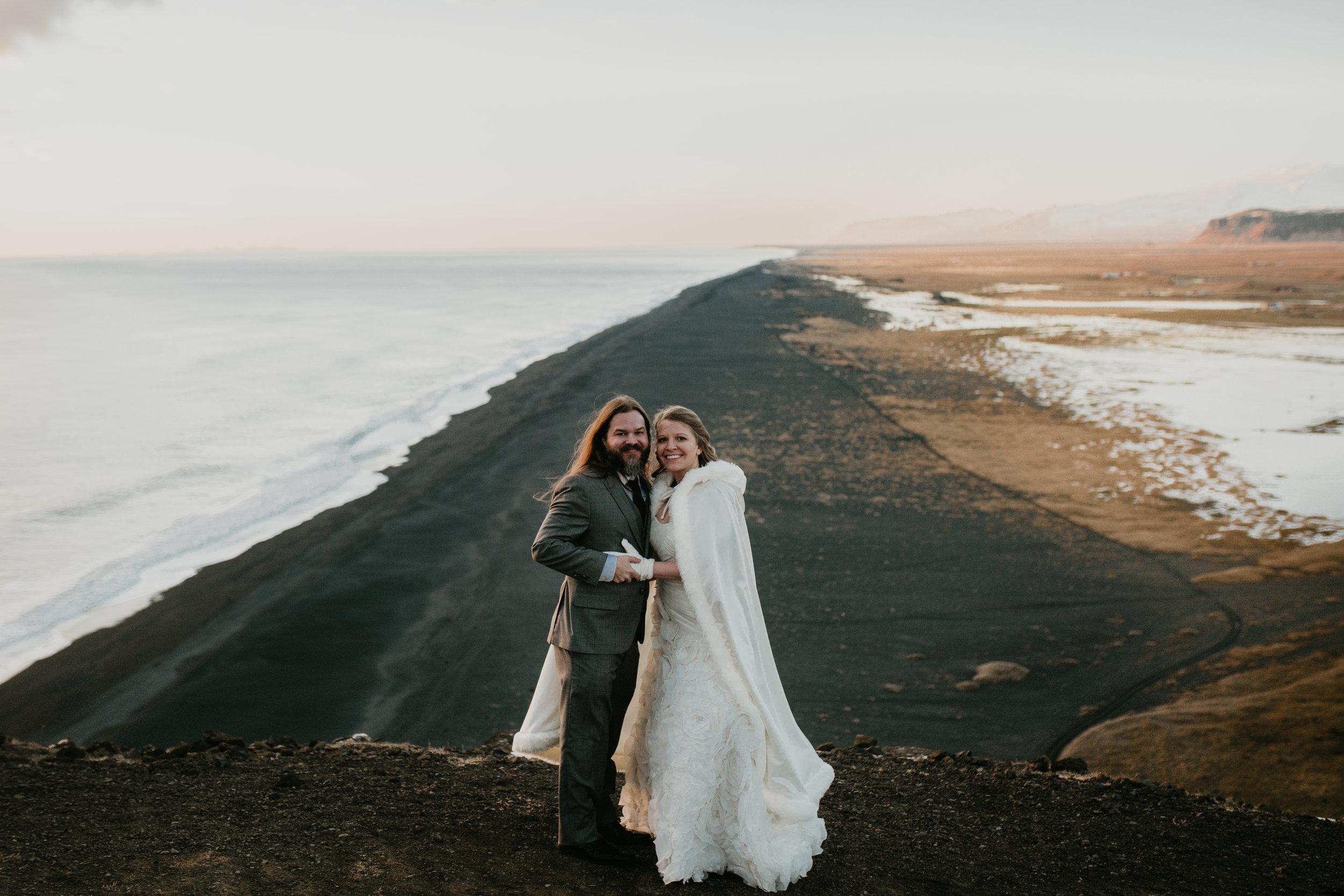 nicole-daacke-photography-iceland-winter-sunset-adventure-elopement-skogafoss-waterfall-black-sand-beach-dyrholaey-vik-iceland-intimate-wedding-black-church-elopement-photographer-37.jpg