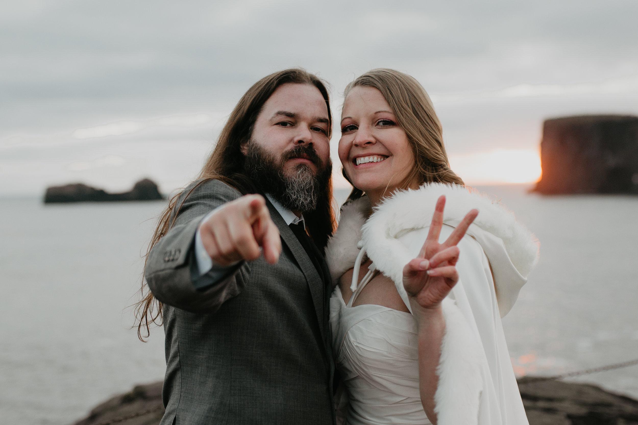 nicole-daacke-photography-iceland-winter-sunset-adventure-elopement-skogafoss-waterfall-black-sand-beach-dyrholaey-vik-iceland-intimate-wedding-black-church-elopement-photographer-57.jpg