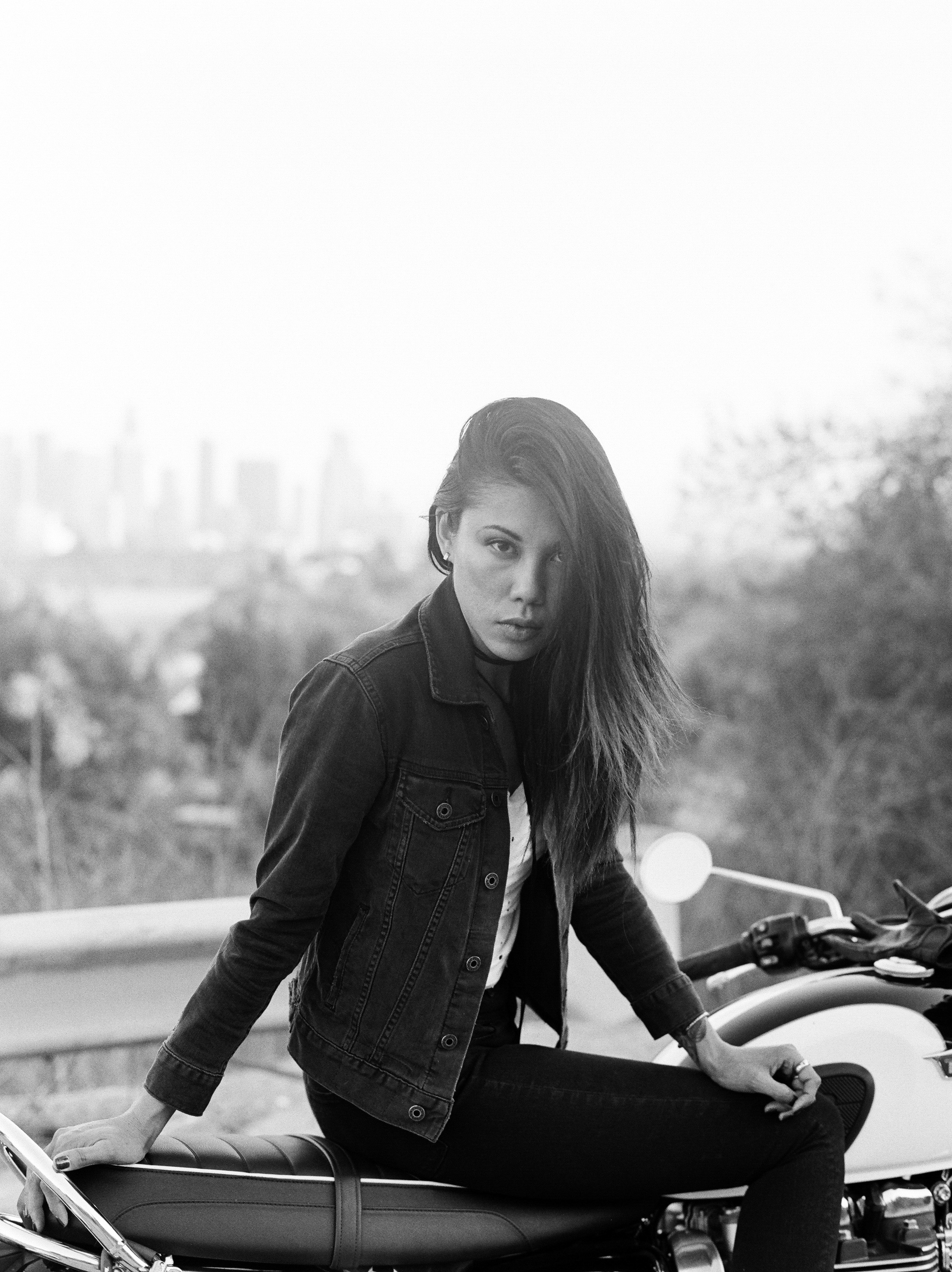 Motorcycle Babe Los Angeles // Laura Goldenberger