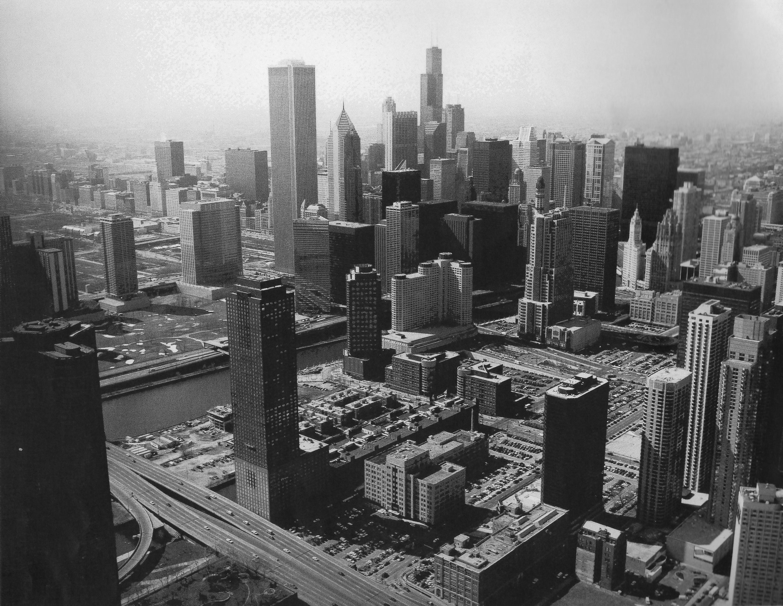 Chicago, 1999 | Balthasar Burkhard Gelatin silver print on baryt paper, iron frame | 127 x 160 cm, Edition of 5 Copyright | Estate Balthasar Burkhard