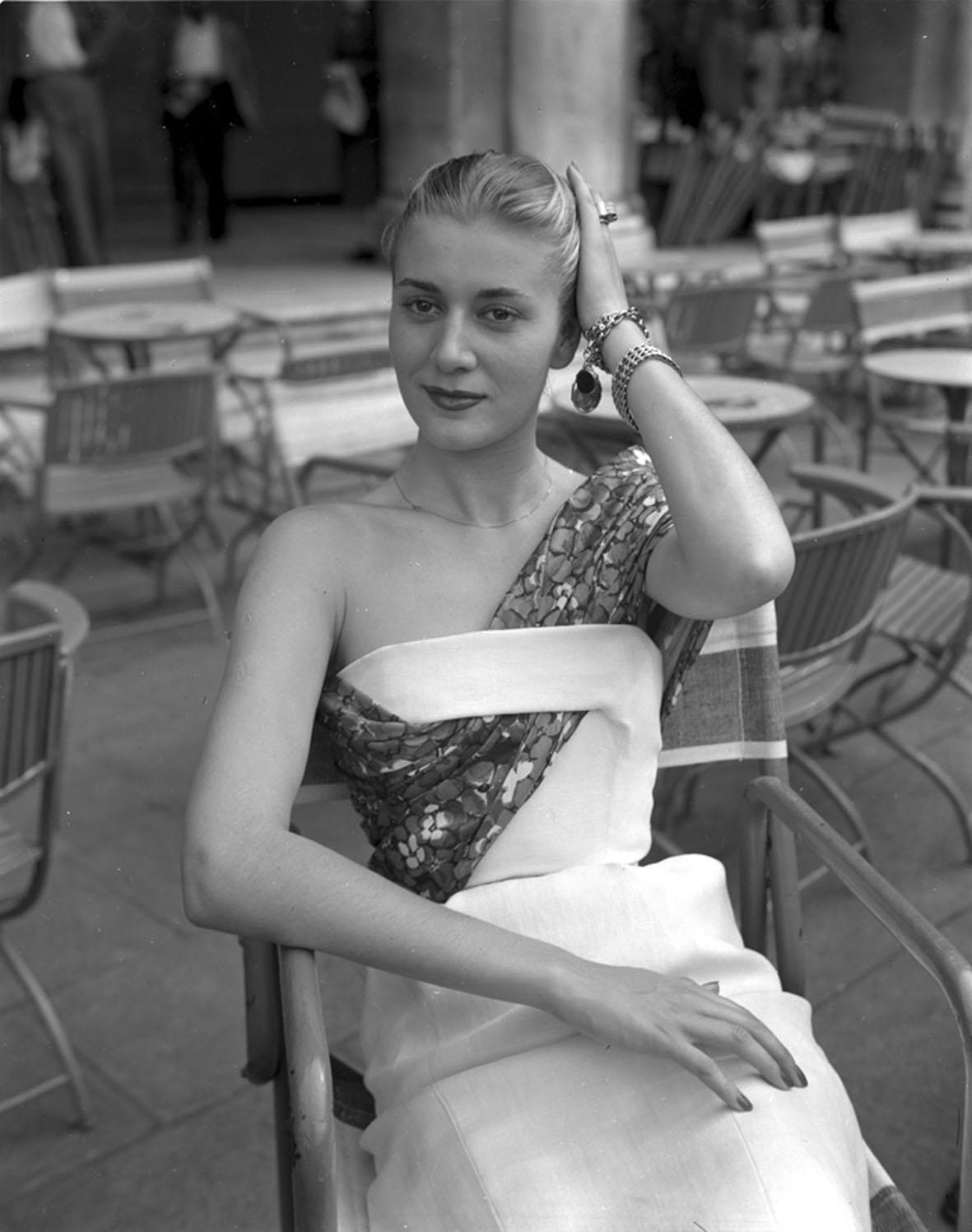 22-250-moda-017-Dior-a-Venezia-3-Giu-1951.jpg