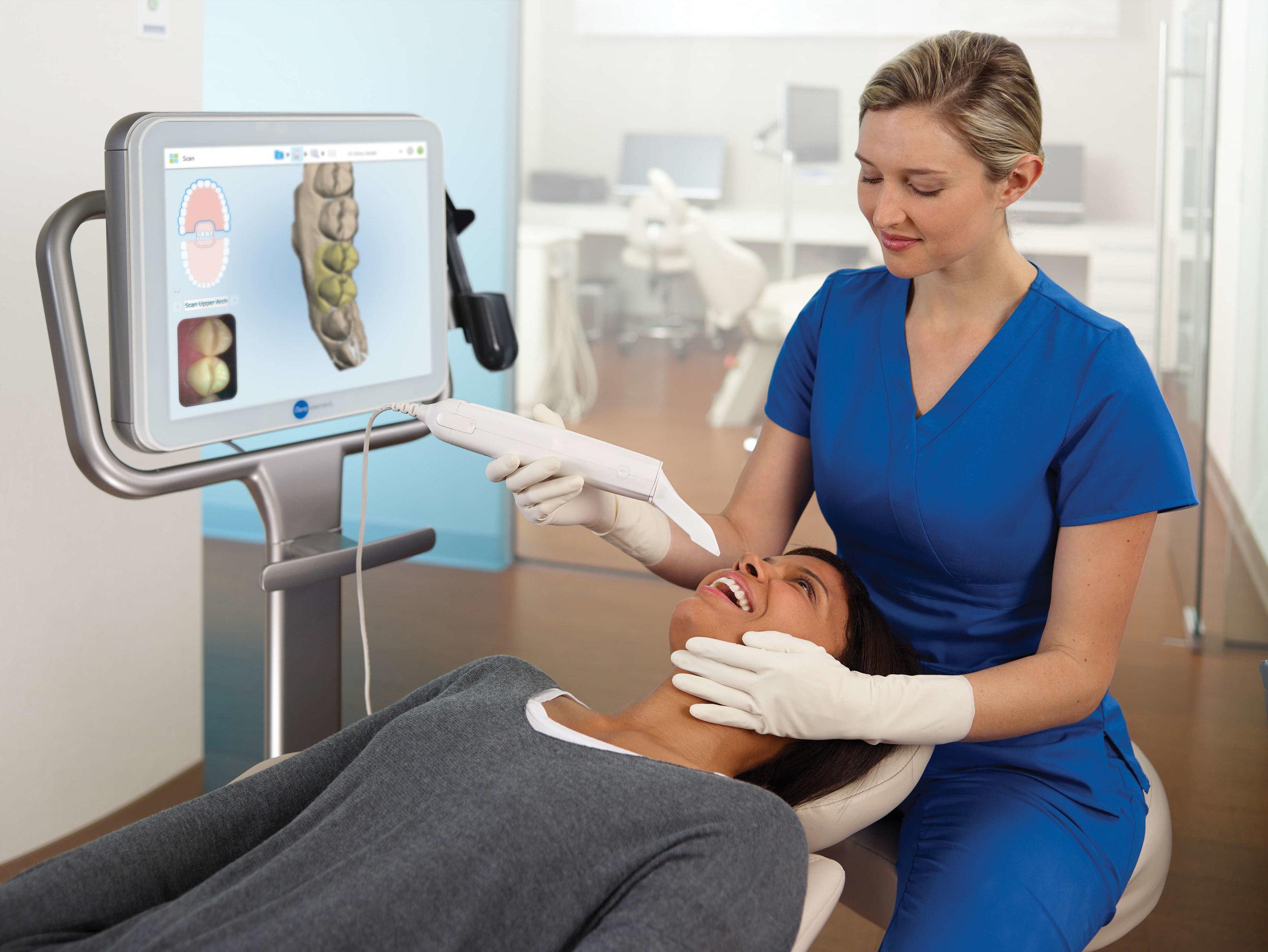 Assistant-scanning-patient.jpg