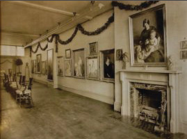 The Member's Gallery photographed in 1914