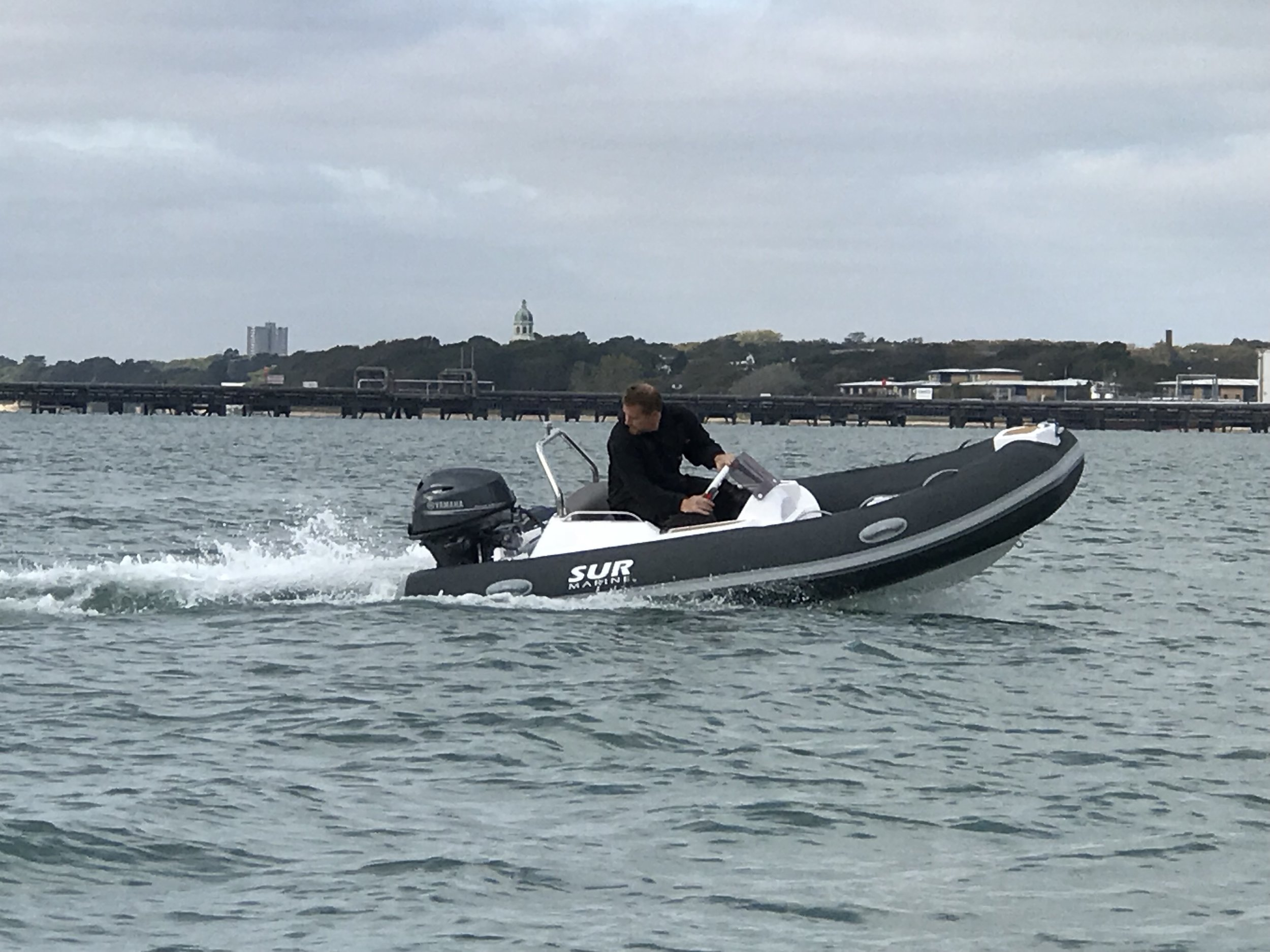 Pre dilivery Testing   New Sur Marine 370 Prestige with Yamaha 25hp At Hamble Point Marina