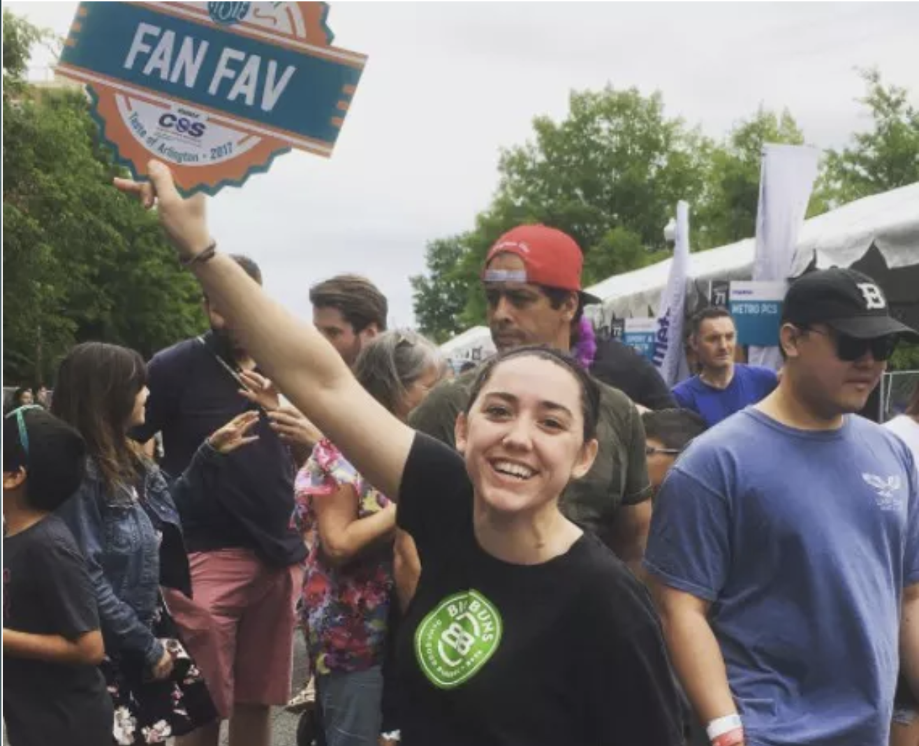 Pictured above — 2017 Taste of Arlington 'Fan Favorite'
