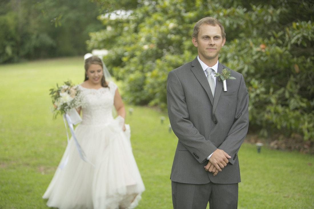 groom's first look.jpg
