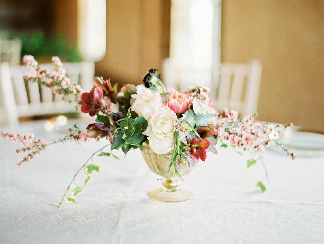 flower table decoration.jpg
