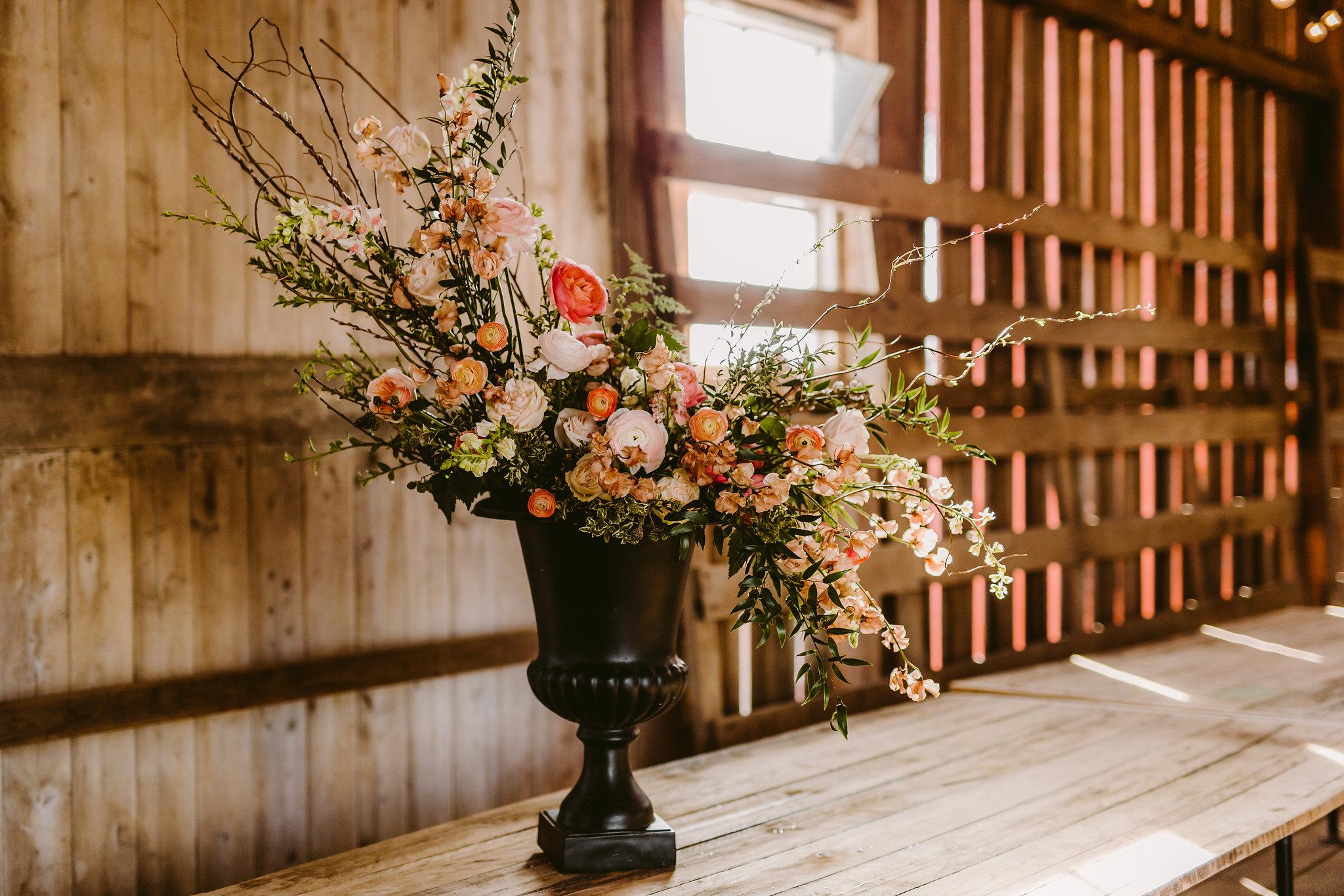 large-urn-arrangement-organic-floral-design-mississippi-planners