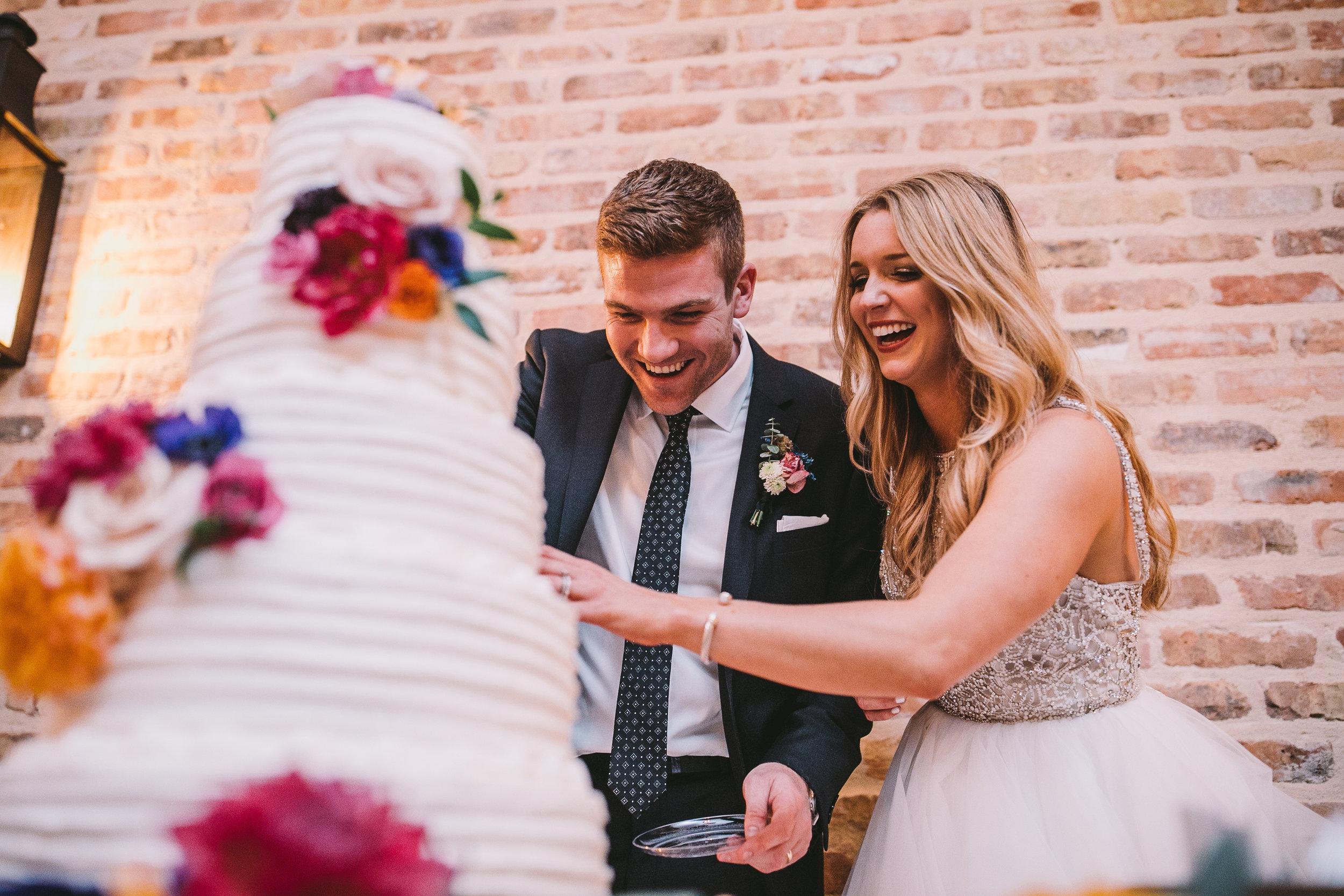 wedding-cake-mississippi-luxury-wedding