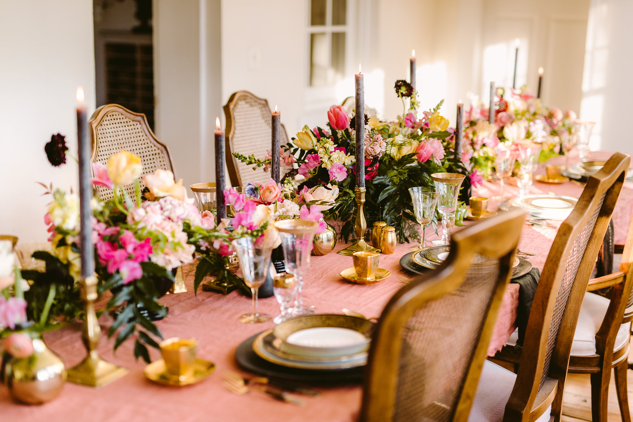 tablescape-luxury-wedding-reception-flowers-and-candles.jpg