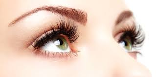 LASH LIFTING - Lash Lifting is a procedure that involves putting pads on a person's eyelids and under their eyes, then applying keratin to the lashes. Ninety minutes later, you've got eyelashes that look darker, fuller, and curvier.