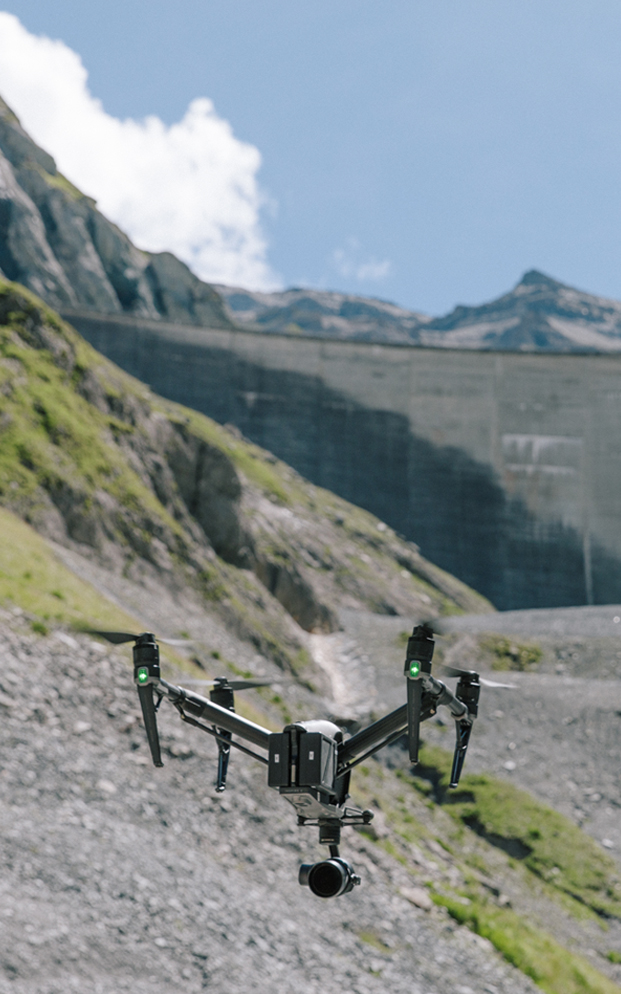 YEAR 3 (2017)  In it's most ambitious iteration, DRONEWEEK traveled across the Globe highlighting clean energy initiatives on 4 different continents. Spark built and deployed LiDAR, Thermal, underwater and ground based robotic systems to give audiences a totally new perspective on these engineering marvels. Broadcast over a week on the VICELAND network.
