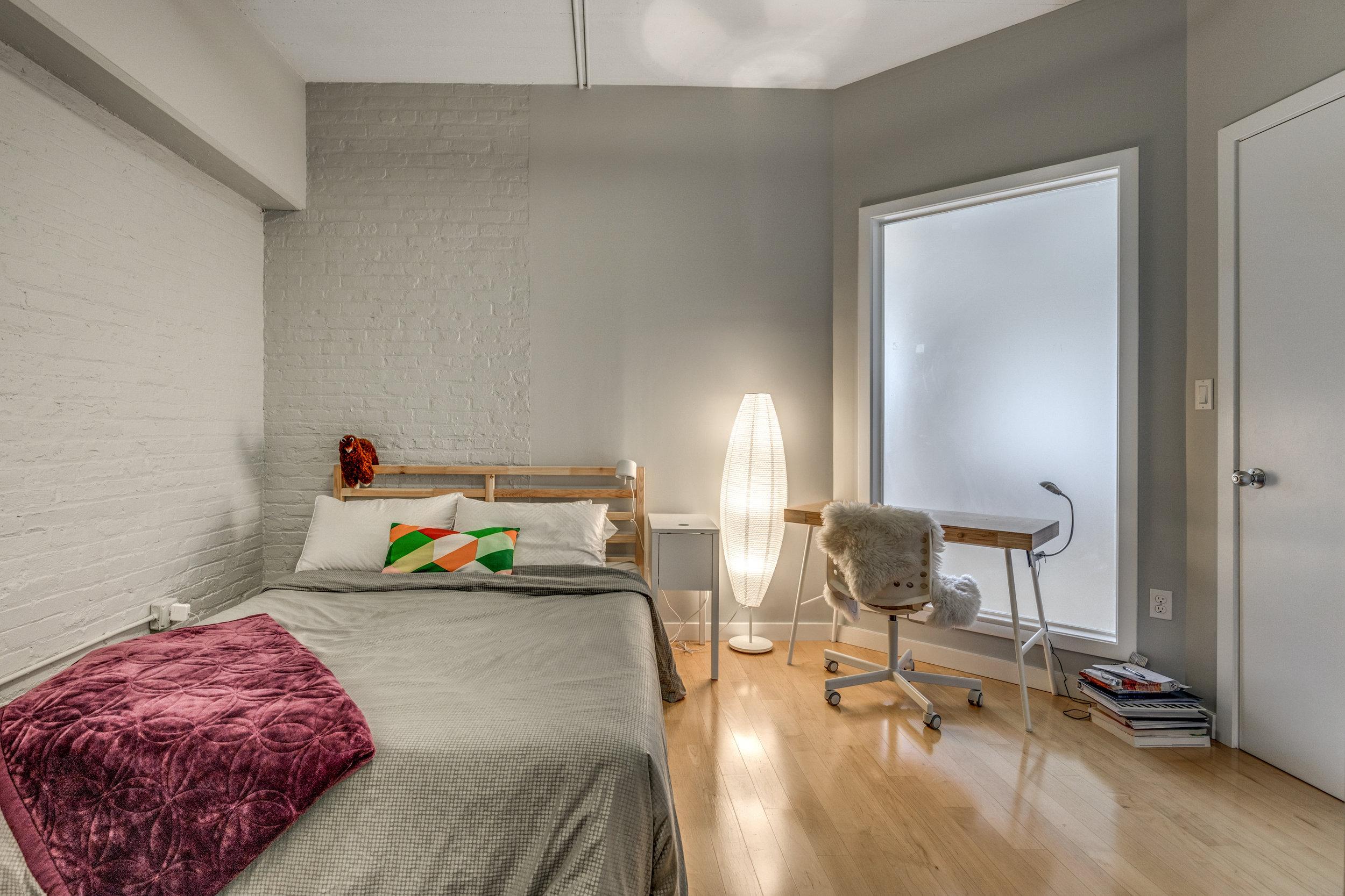 23_Bedroom2.jpg