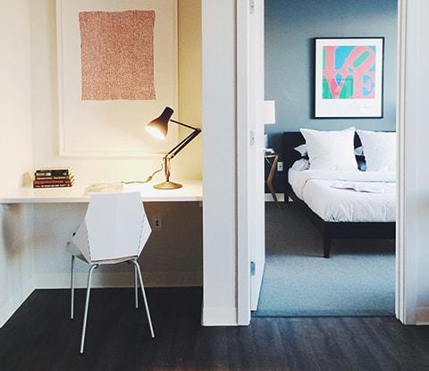 amenities-features-bedroom-sm.jpg
