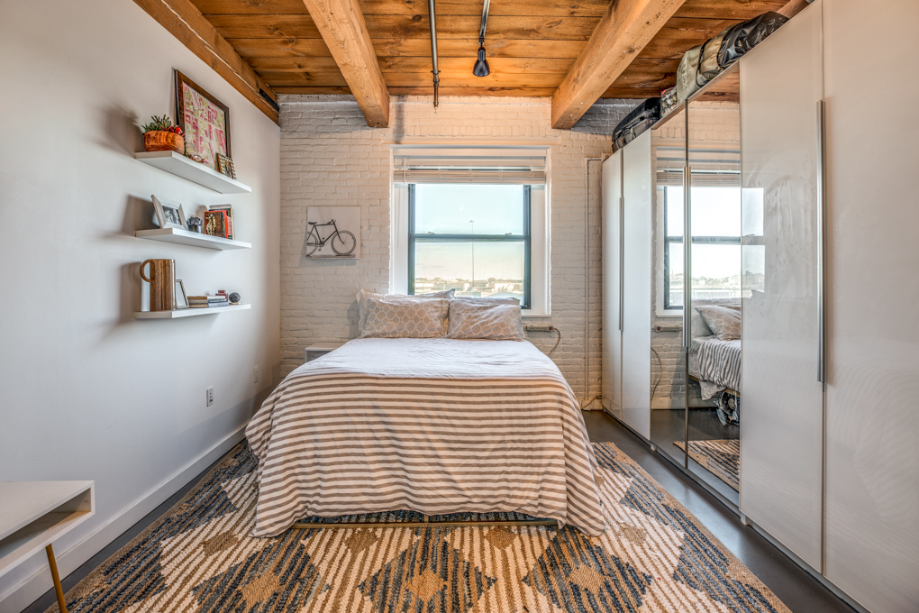 15_Bedroom-4.jpg
