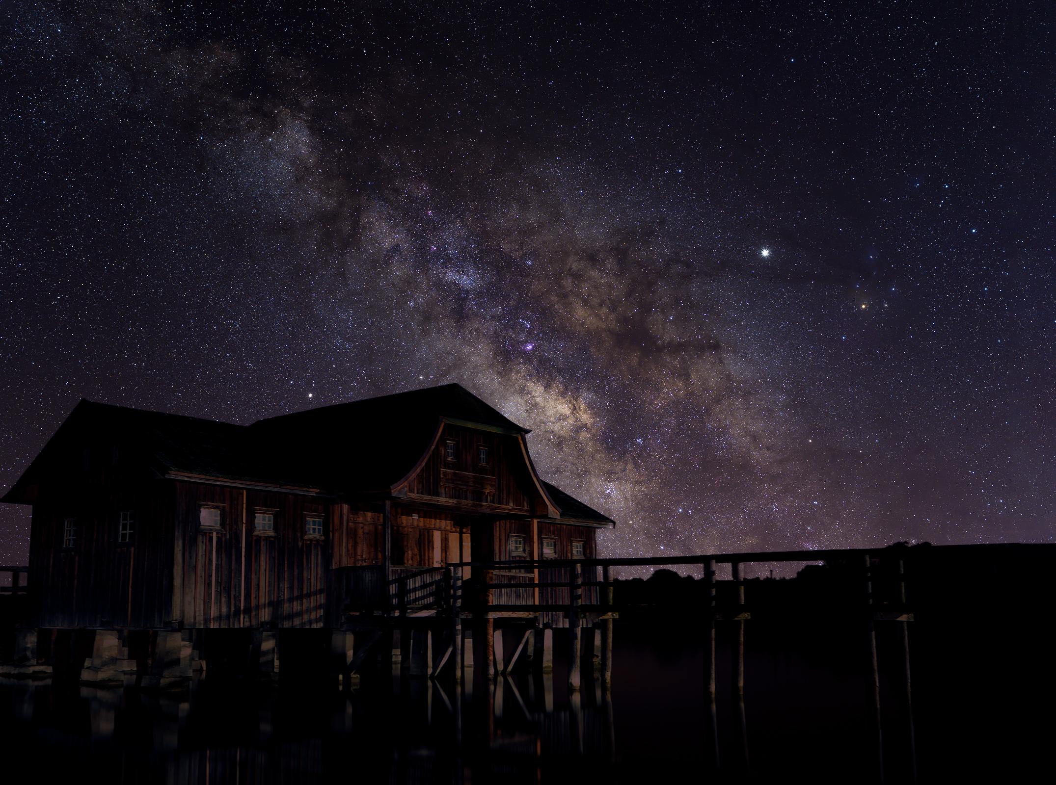 MilkyWay_with_hut.jpg