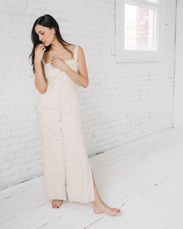 Linen dress size M-L Button front detail $40