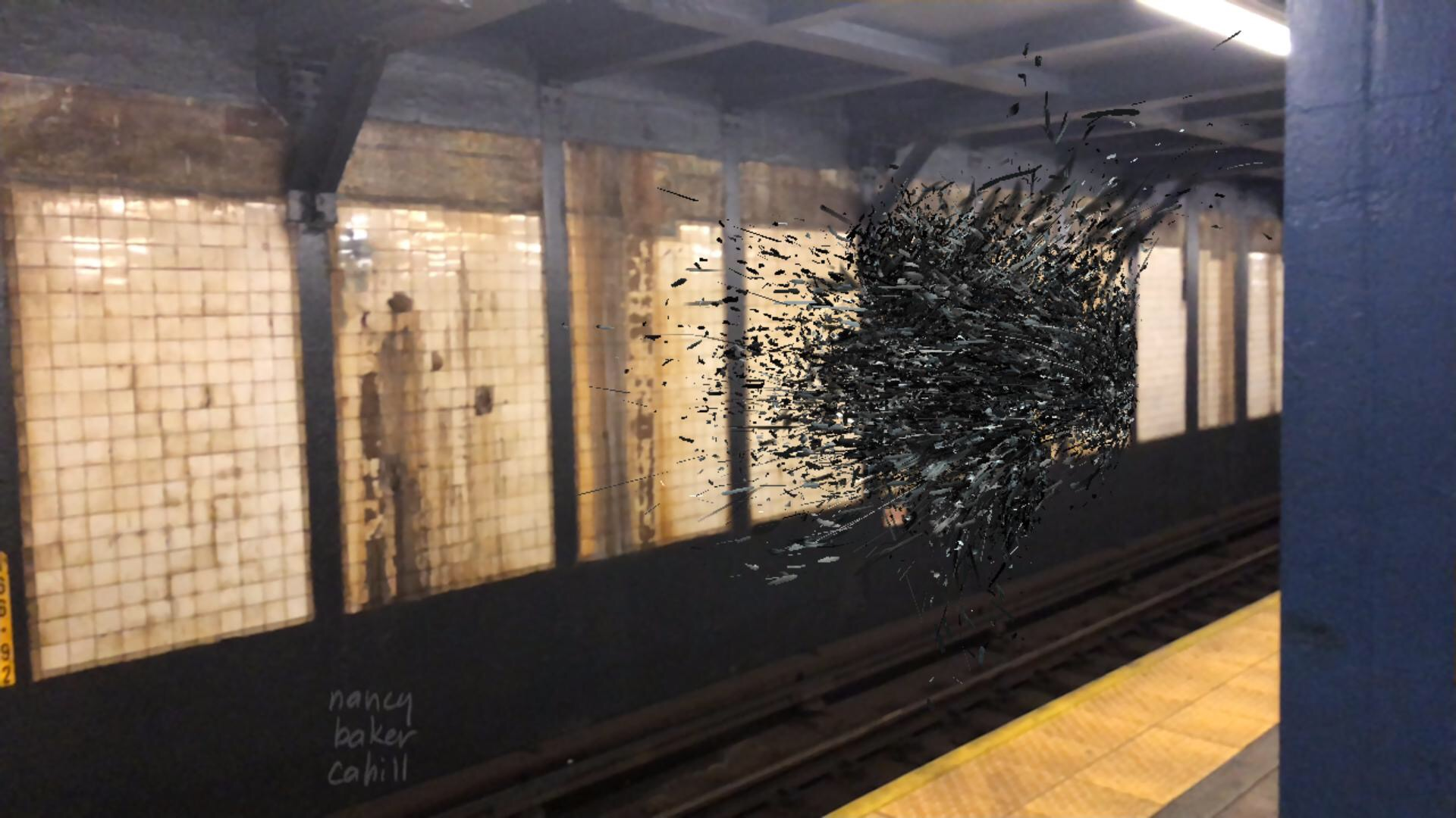 4thwall App pic in Brooklyn subway station