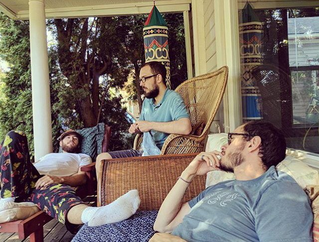 Sound and Stone lounging on our porch! Talking to our #brotherfromanothermother @patty.o.hoola.ham about our plans for world domination ;) Photo credit to our prima @nanistorey ! Sound and Stone sending Light and Love ❤️ -The Brothers . . . . . #soundandstone #soundandstonemusic #porch #bestfriends #music #family #goodtimes #summer