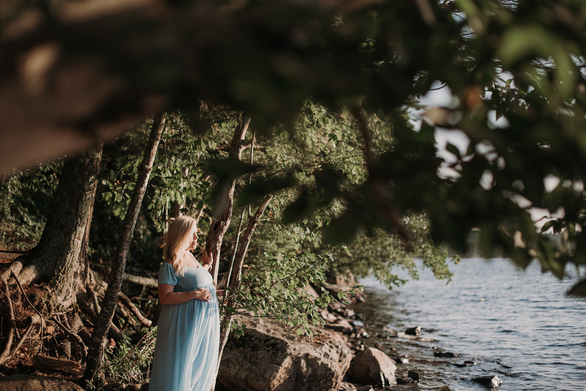 Emotive Maternity Portraits- Ria MacKenzie Photography-3 (2).jpg