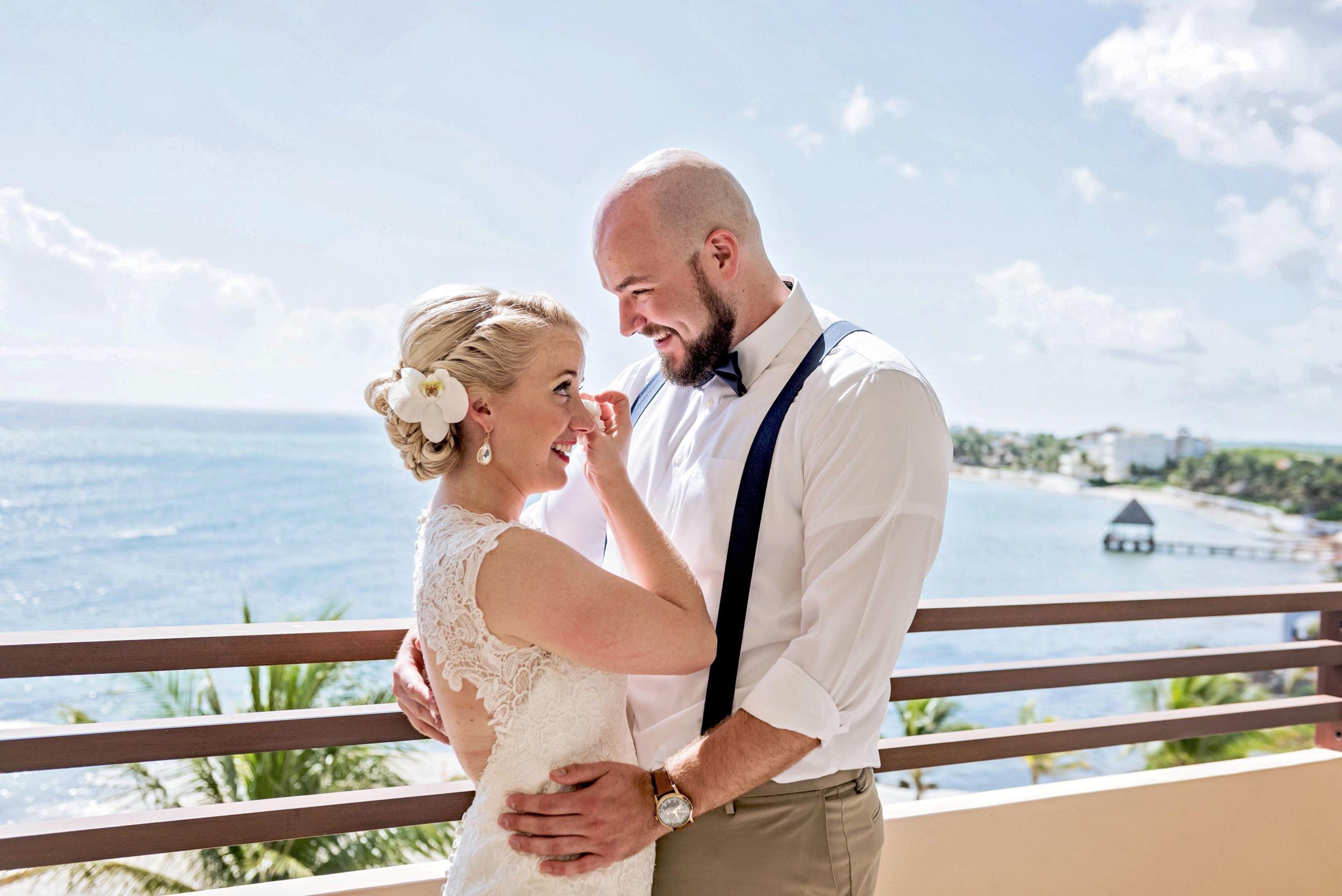 2018-Real-Wedding-Amber-Dustin-Rotella-Photography_0227.jpg
