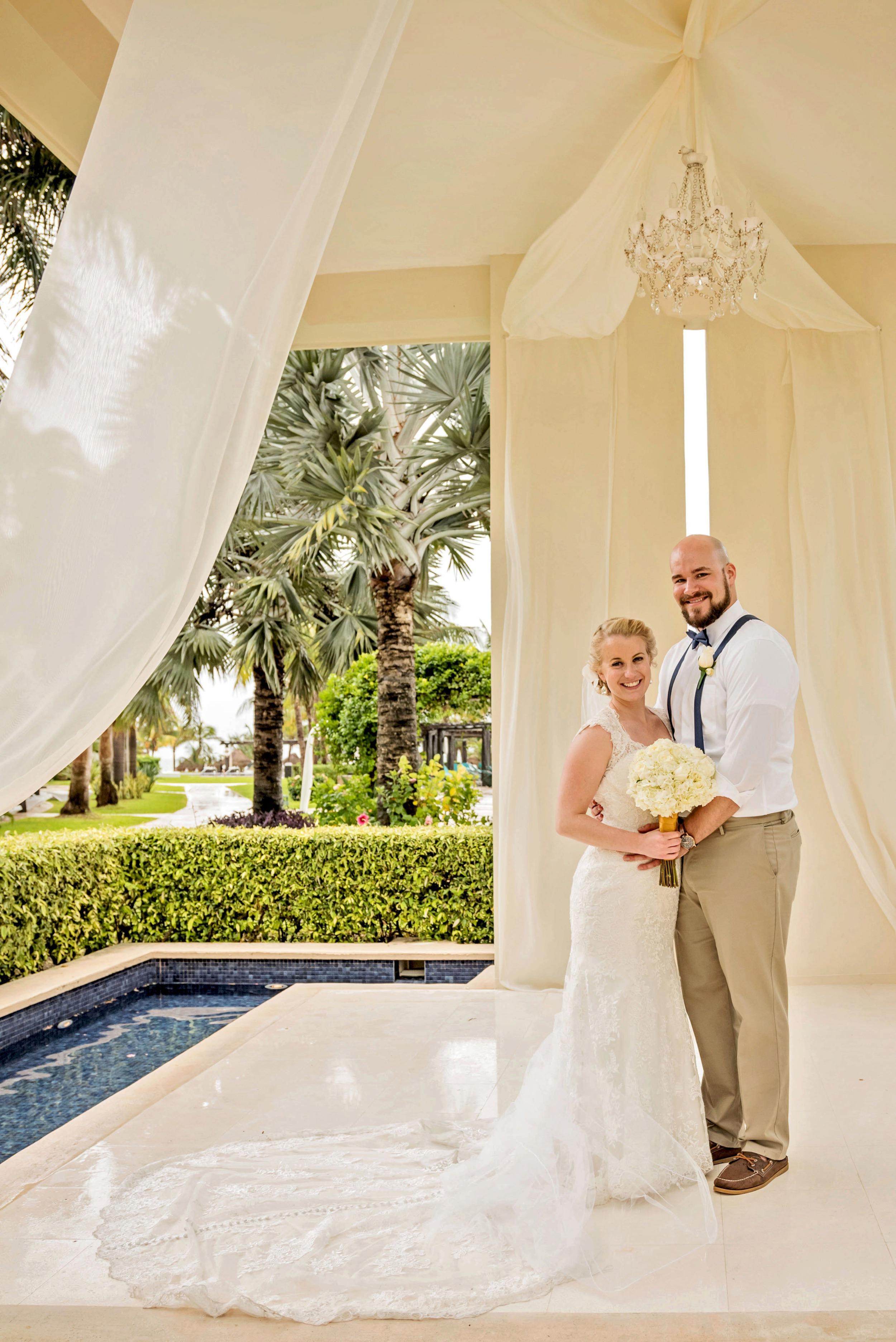 2018-Real-Wedding-Amber-Dustin-Rotella-Photography_0259.jpg