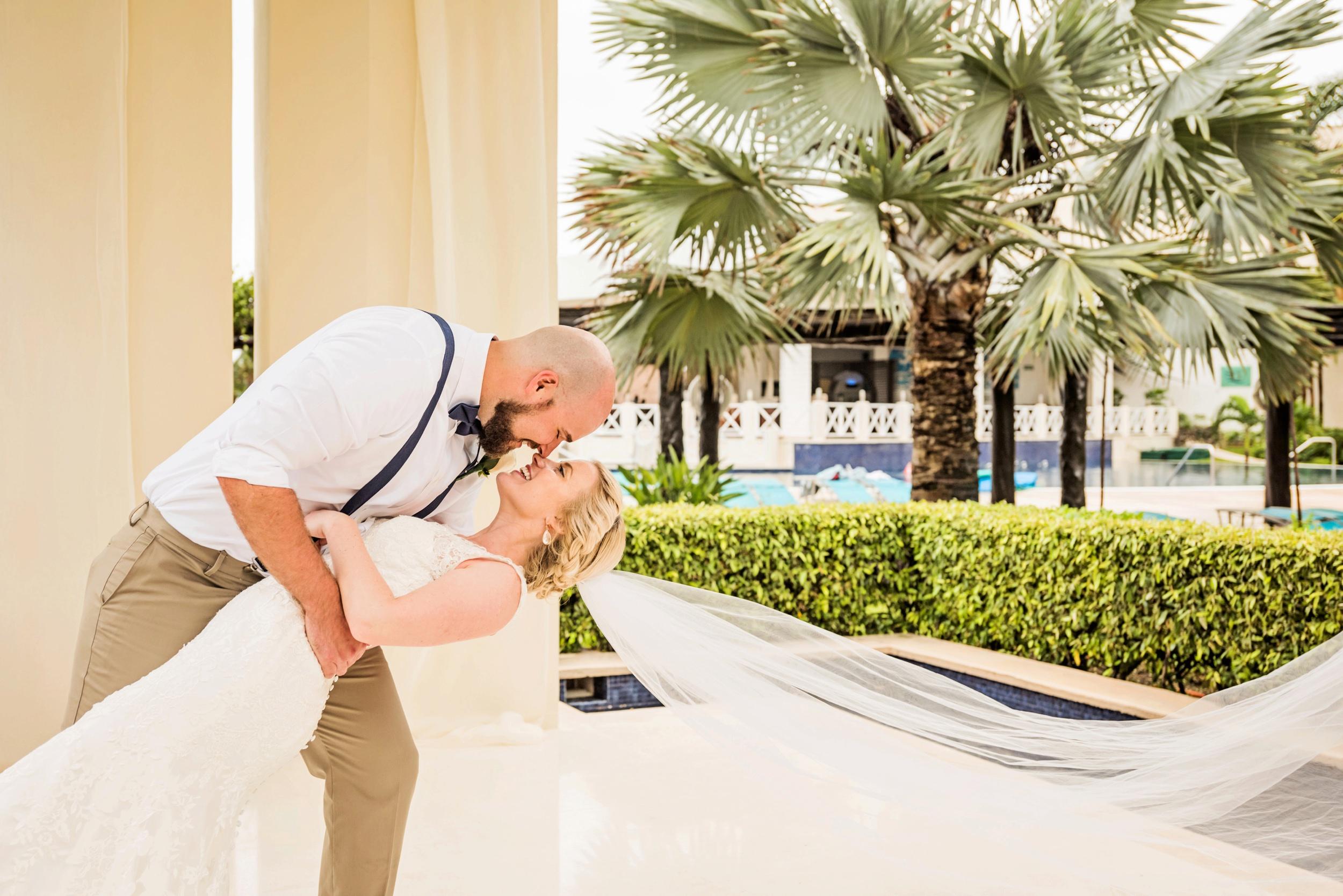 2018-Real-Wedding-Amber-Dustin-Rotella-Photography_0263.jpg