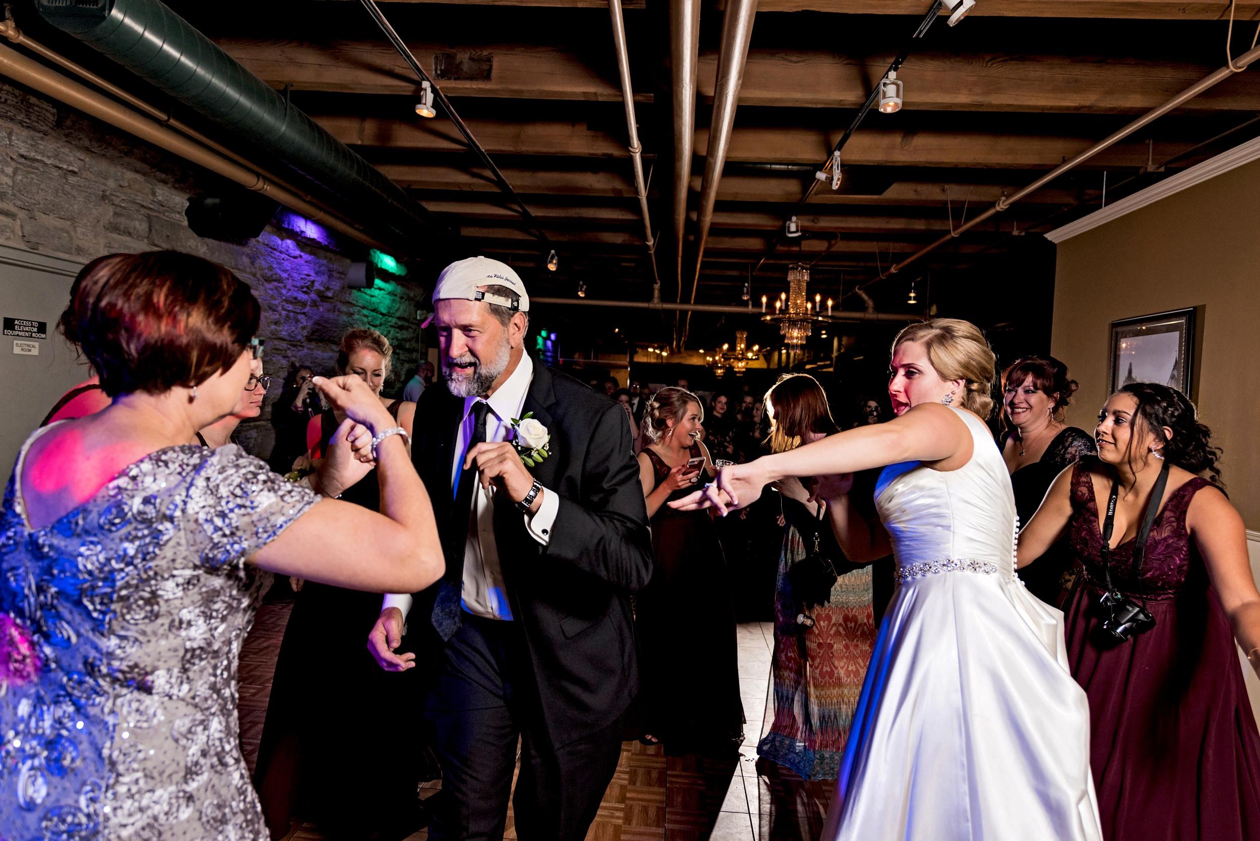 2018-Real-Wedding-Megan-Brenden-Rotella-Photography_0507.jpg
