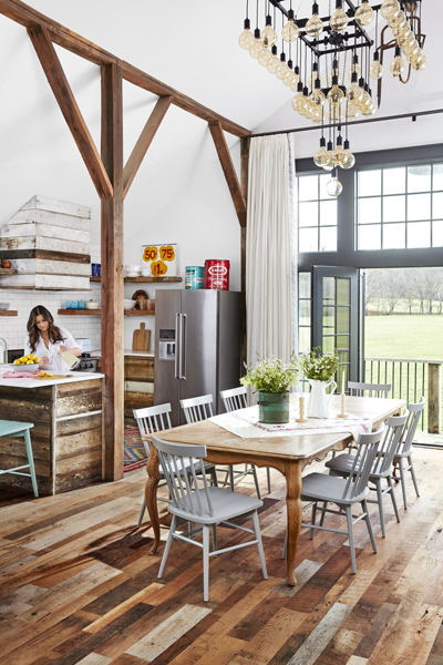 Country Living - This Couple Turned the Top Floor of a Rickety Barn Into a Fully Functioning Home