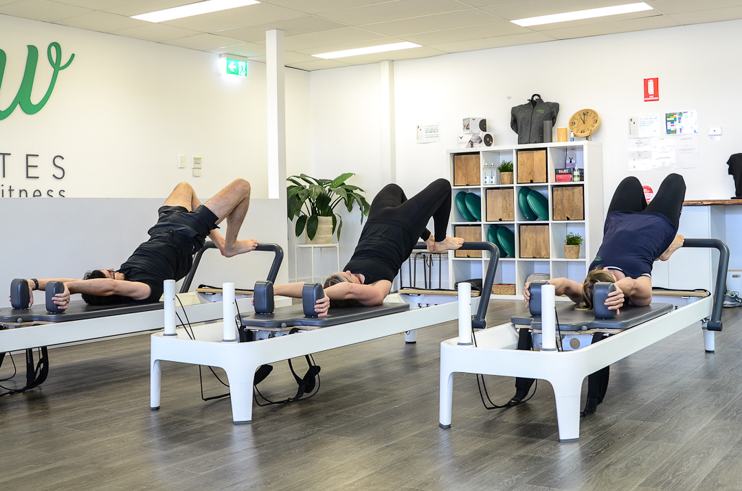 Group CLasses - Mixed Reformer | Stretch | Basics | Jump