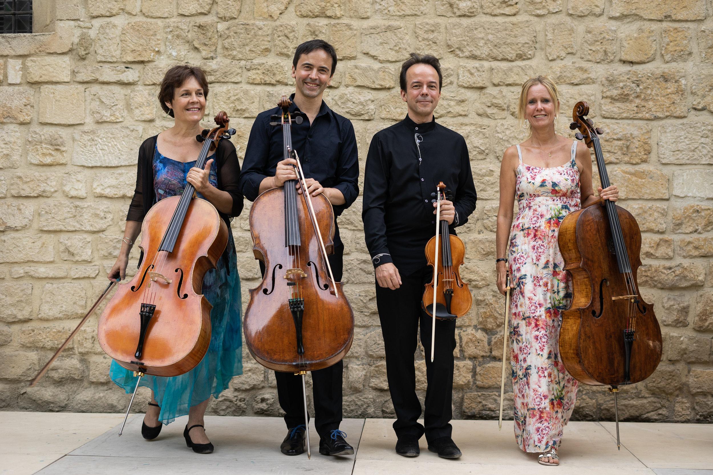 La direction artistique des Rencontres Musicales : Véronique Marin, Jean-Guihen Queyras, Pierre-Olivier Queyras, Gesine Queyras .