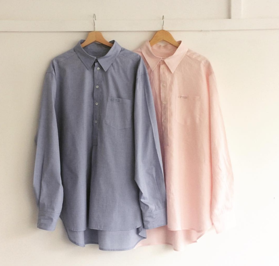 les shirt pink and blue.jpg